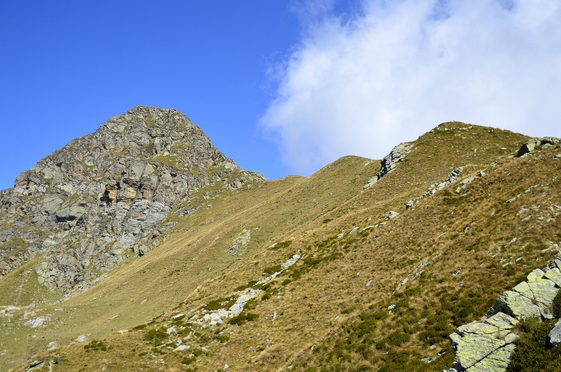 Cresta di salita al mont Roux