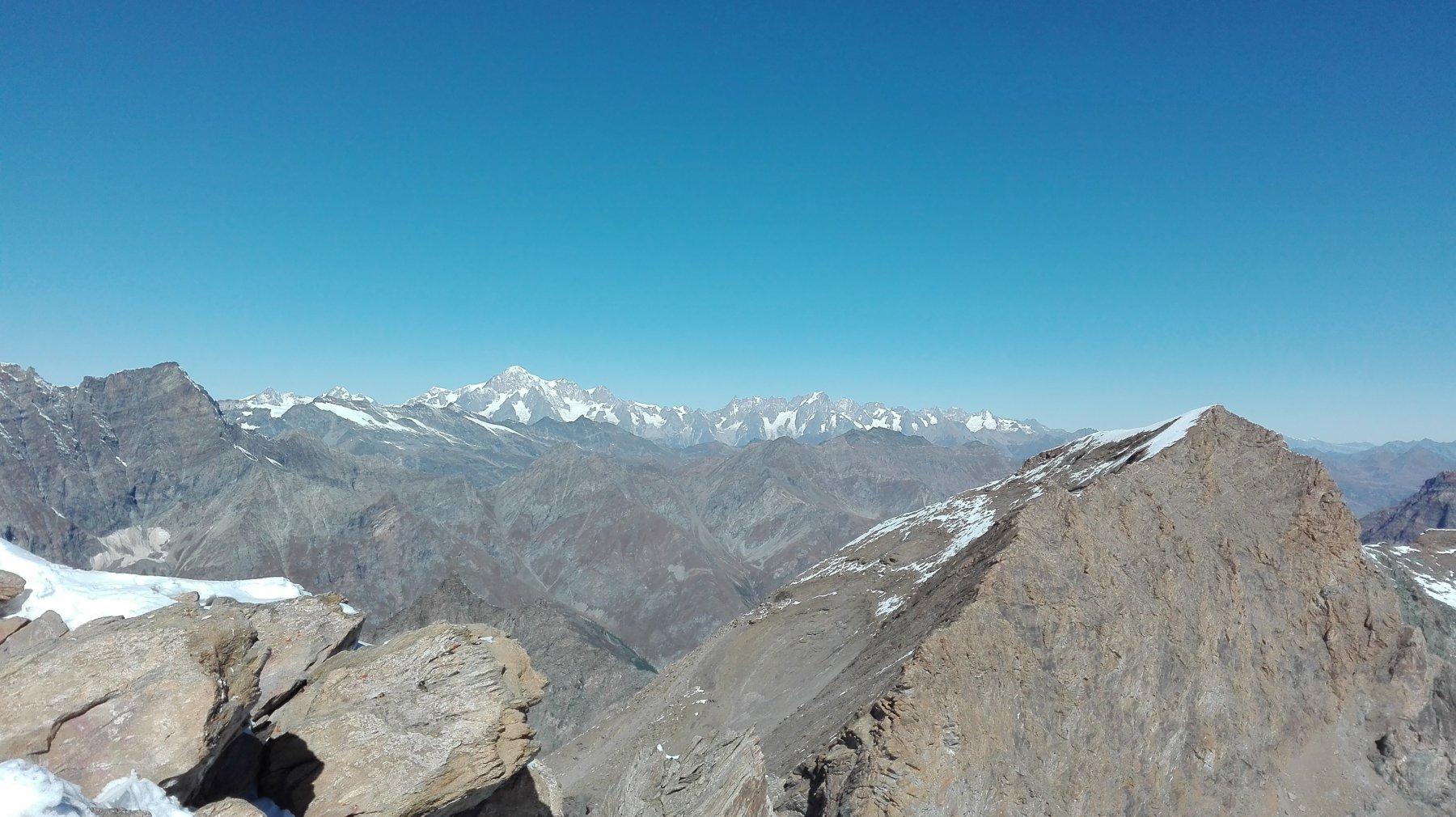 dalla cima: il massiccio del Monte Bianco