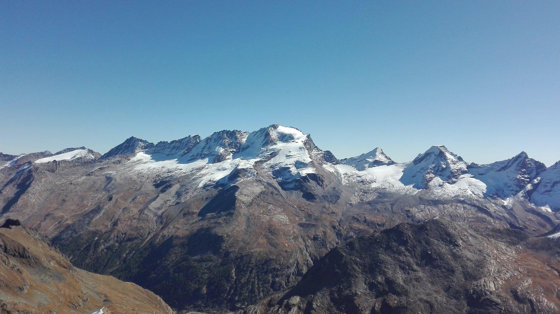 dalla cima: Gran Paradiso, Tresenta, Ciarforon, Becca di Monciair
