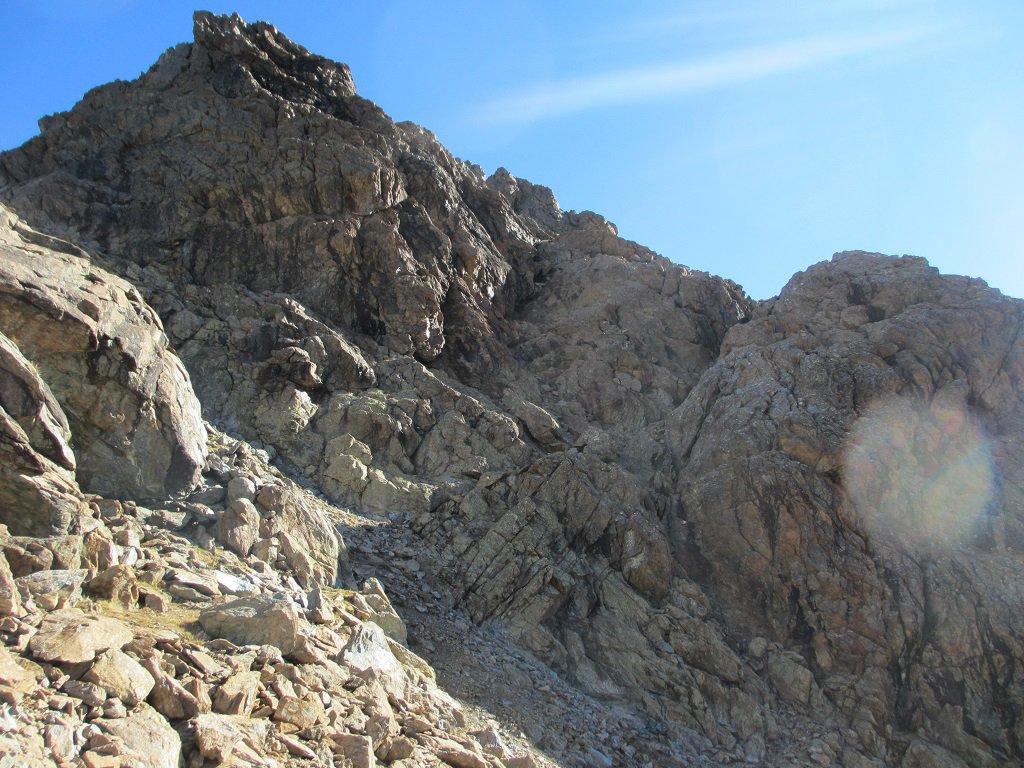Il torrione dove inizia la cresta ovest dell'Uja