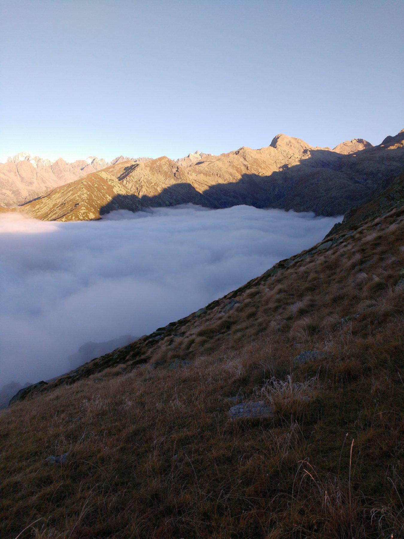 Nuvole sul lago d'Eugio