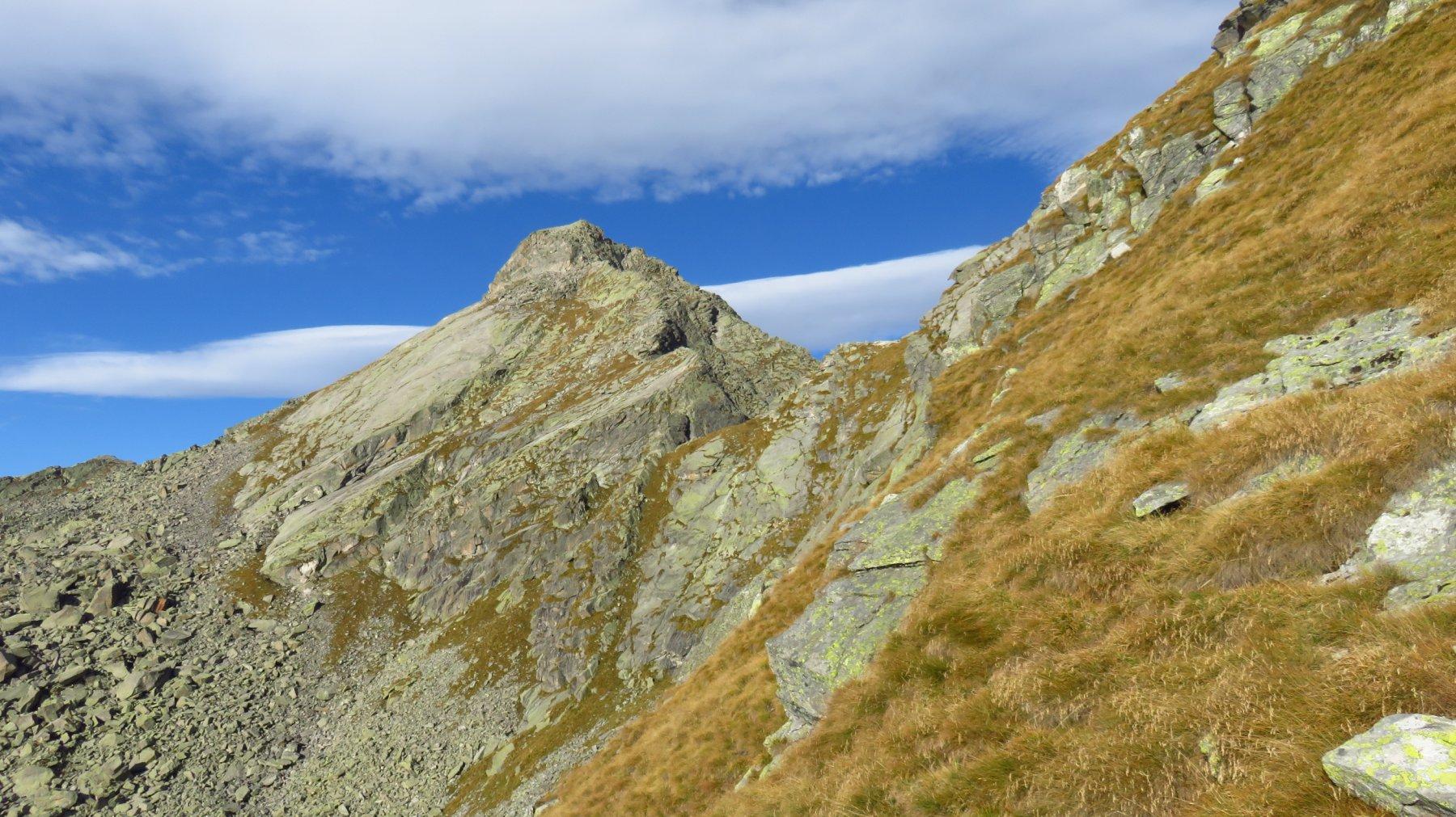 Monte Colombo e al centro, Punta Perra ovest