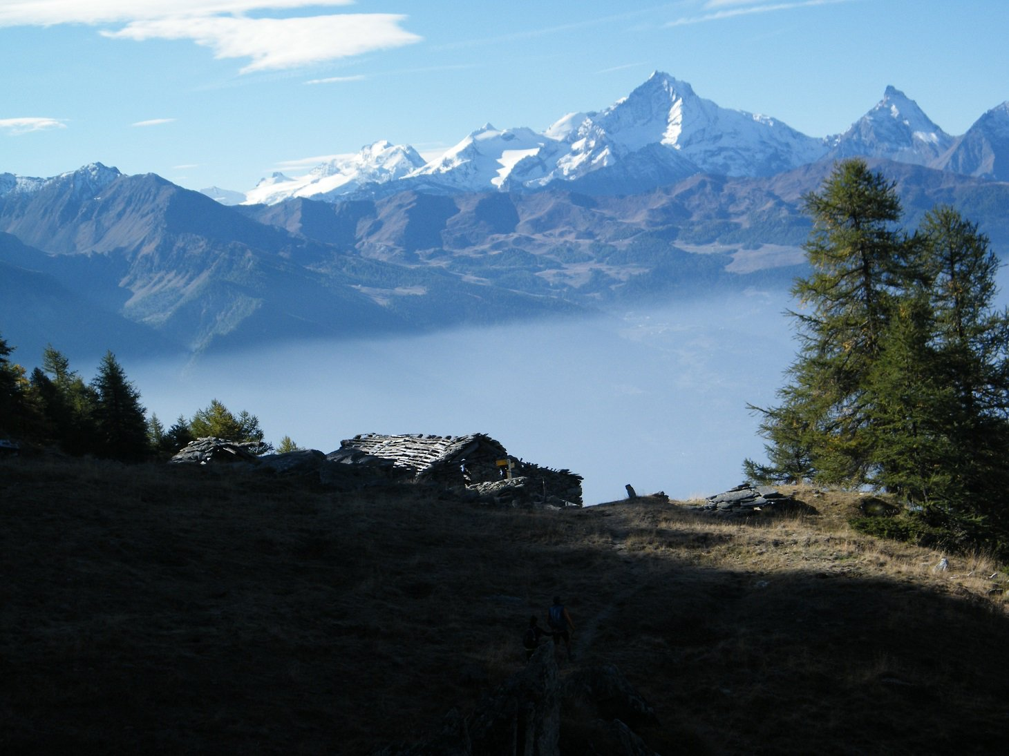 Panorama verso Grivola e Granpa dalla Tsa di Viou.