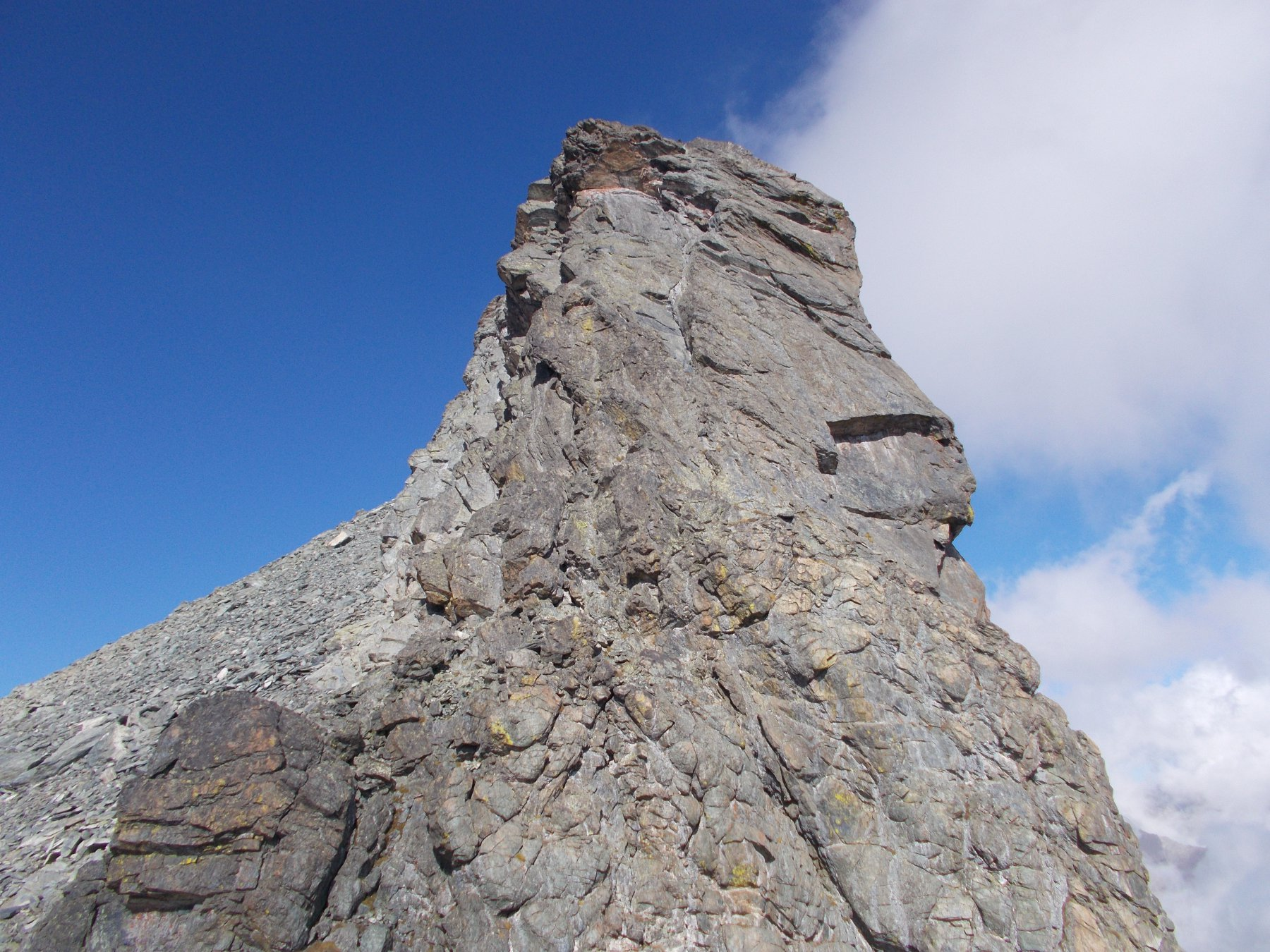 la cresta parete dal Col Blanchatre..
