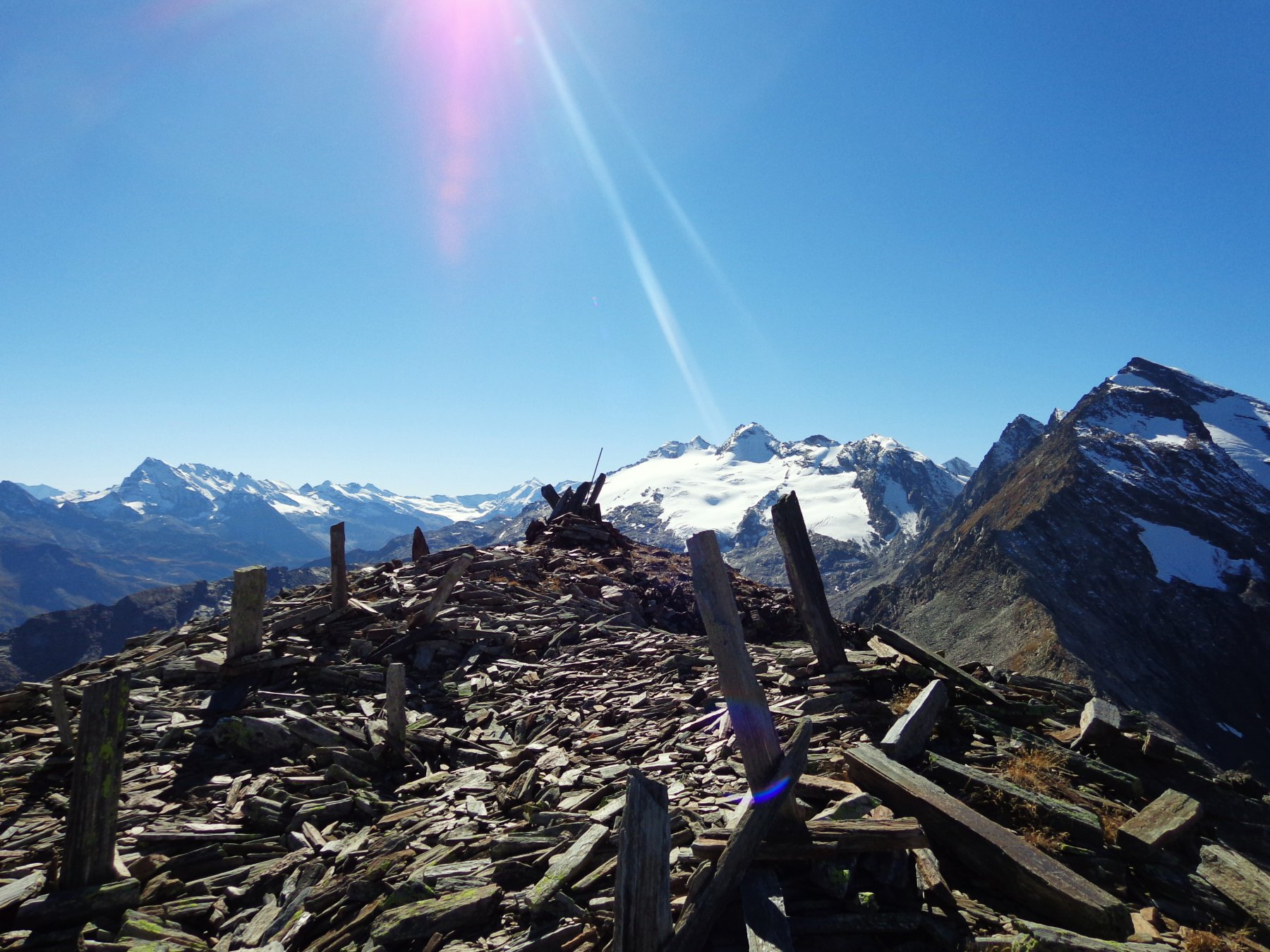 Panorama verso Mont Paramont e Chateau Blanc
