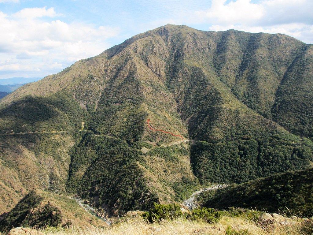 La cresta ovest vista salendo al Tugello