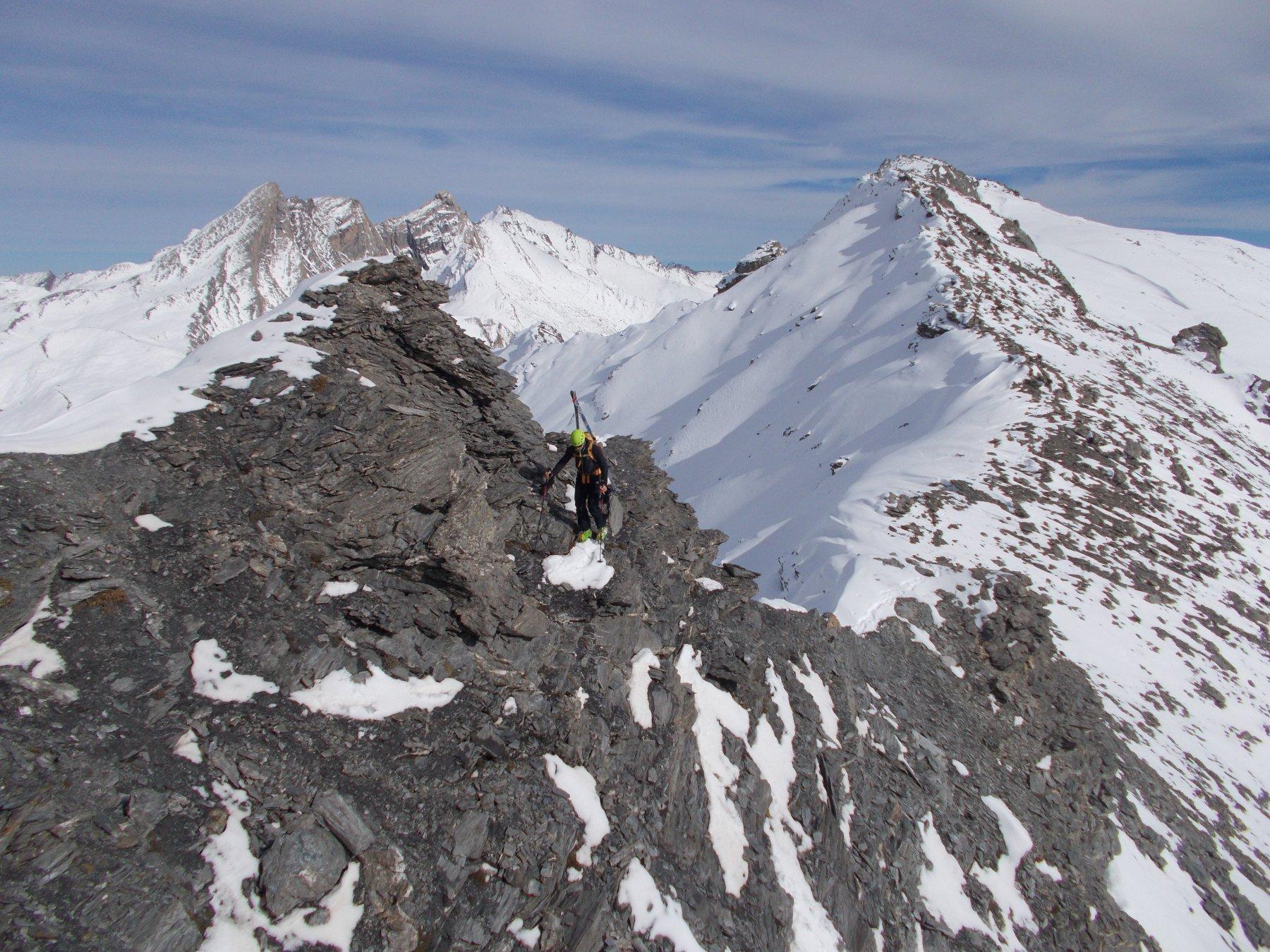 in cresta verso il Pic de Caramatran..dalla Punta dell'Alp..