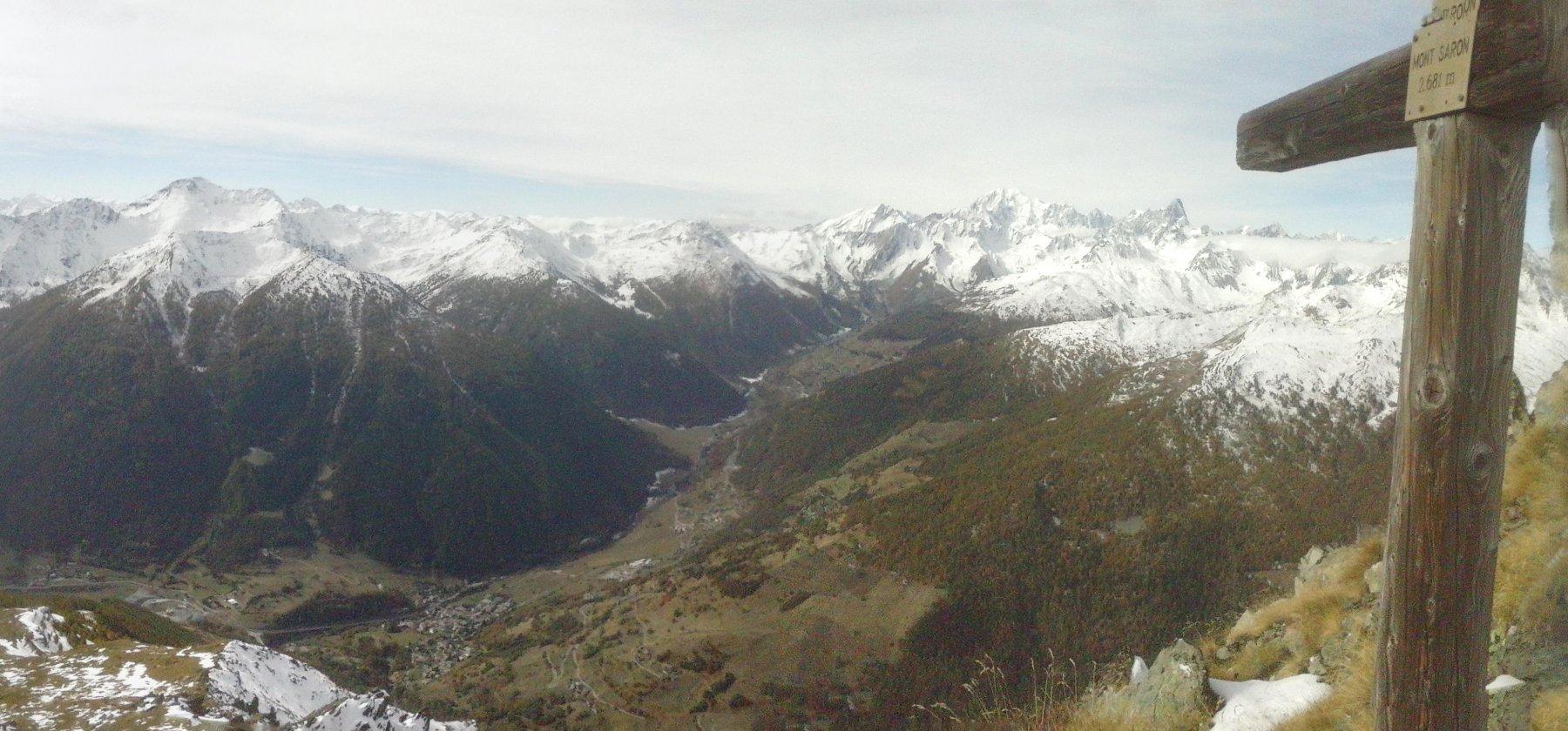 panorami a 360 gradi dalla vetta verso la catena del Bianco.....