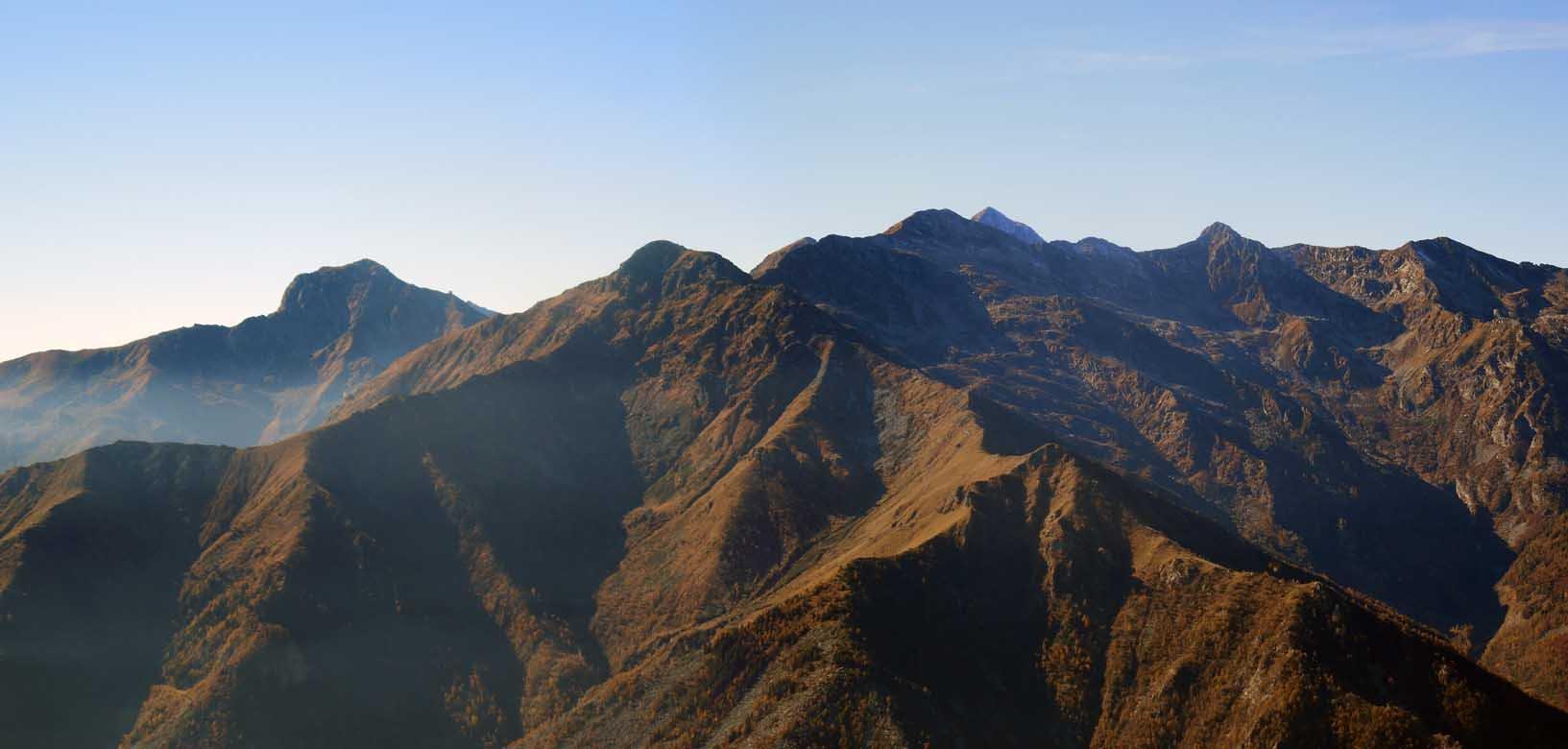 panorama ovest verso il mucrone e il camino