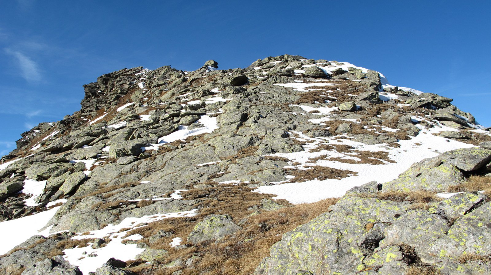 A sinistra la cima della Tete de Barasson
