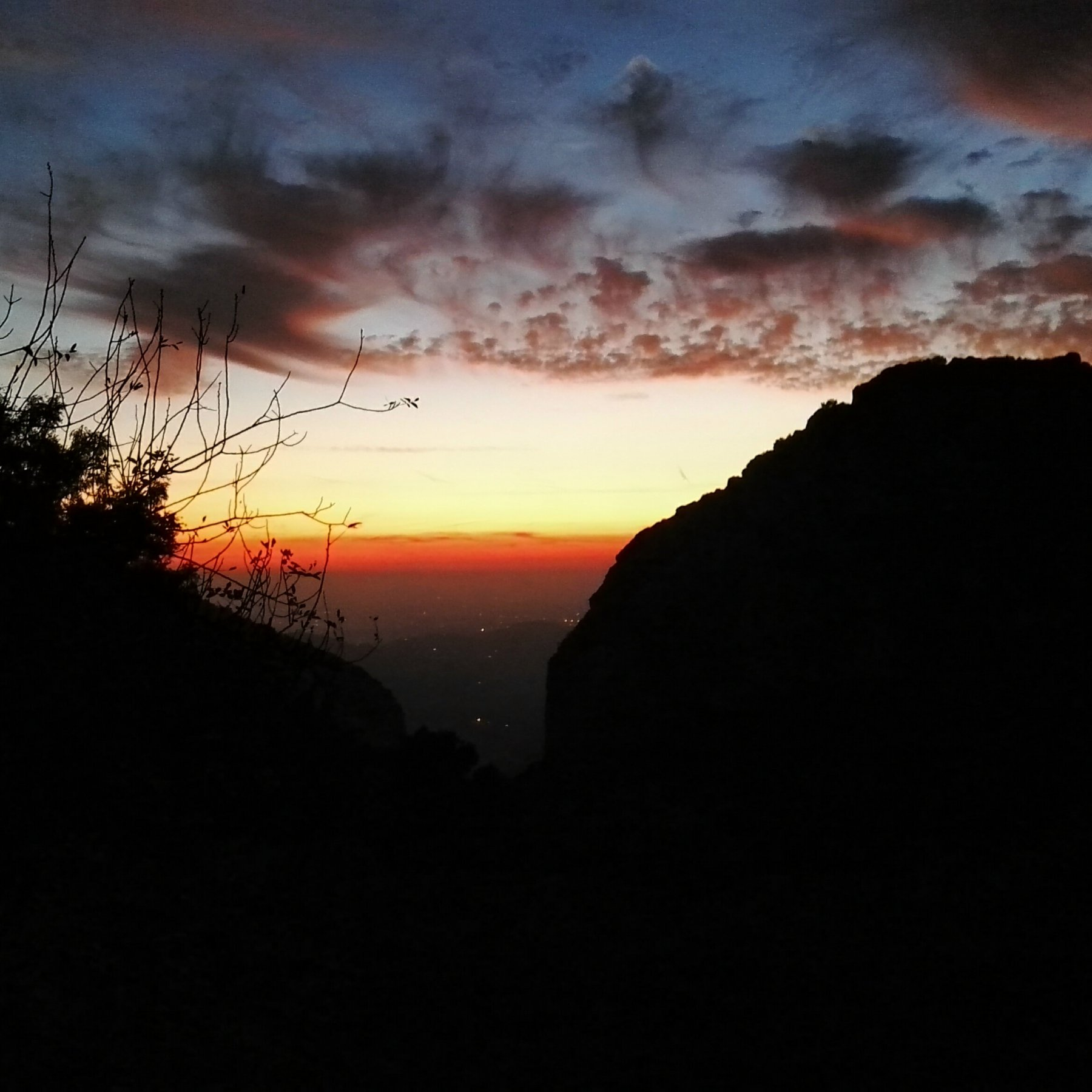 falesia al tramonto
