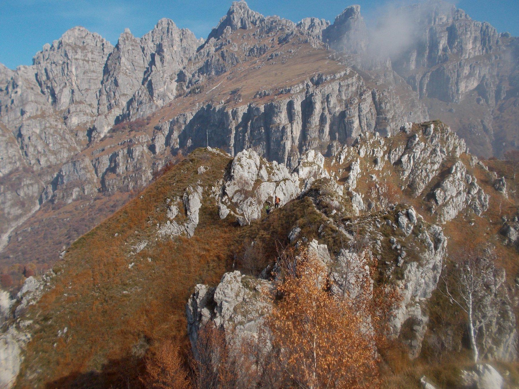 Magnodeno (Monte) da Malnago per la Cresta della Giumenta 2016-11-01