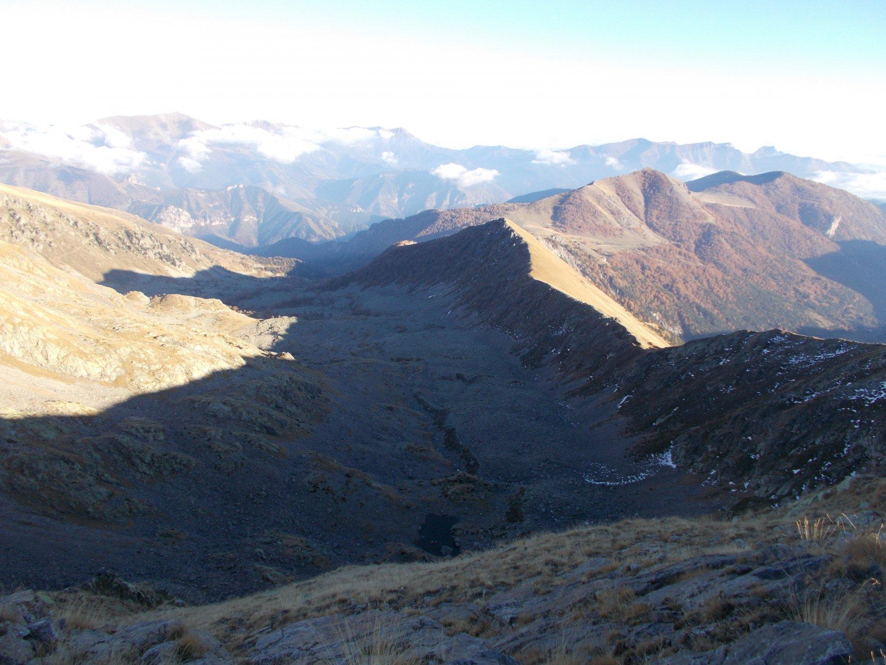 il vallone de Caramagne..dalla Cima del Sabbione..