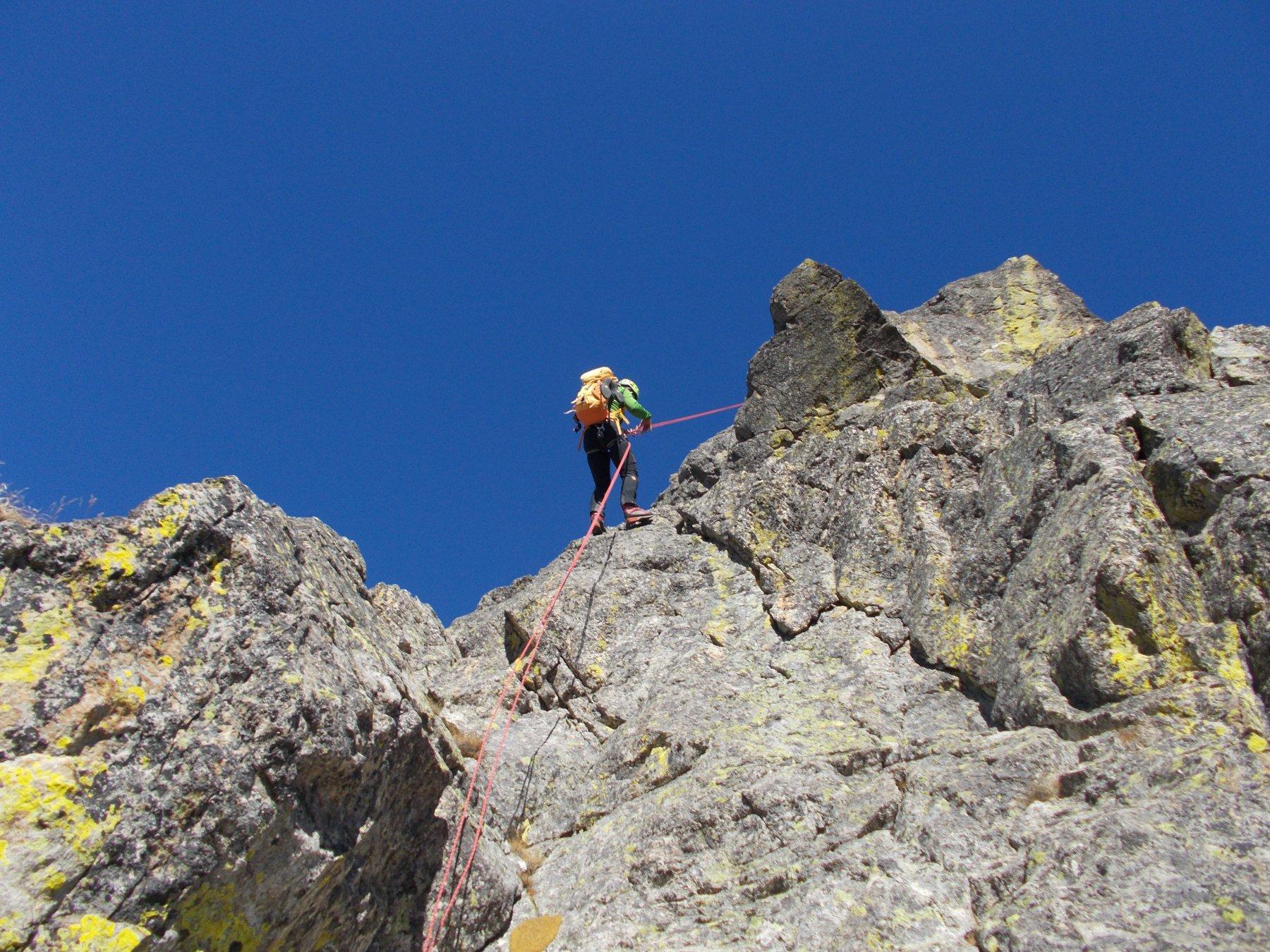 la calata dalla cresta ovest al Colletto Saragat..a riguadagnare la base..