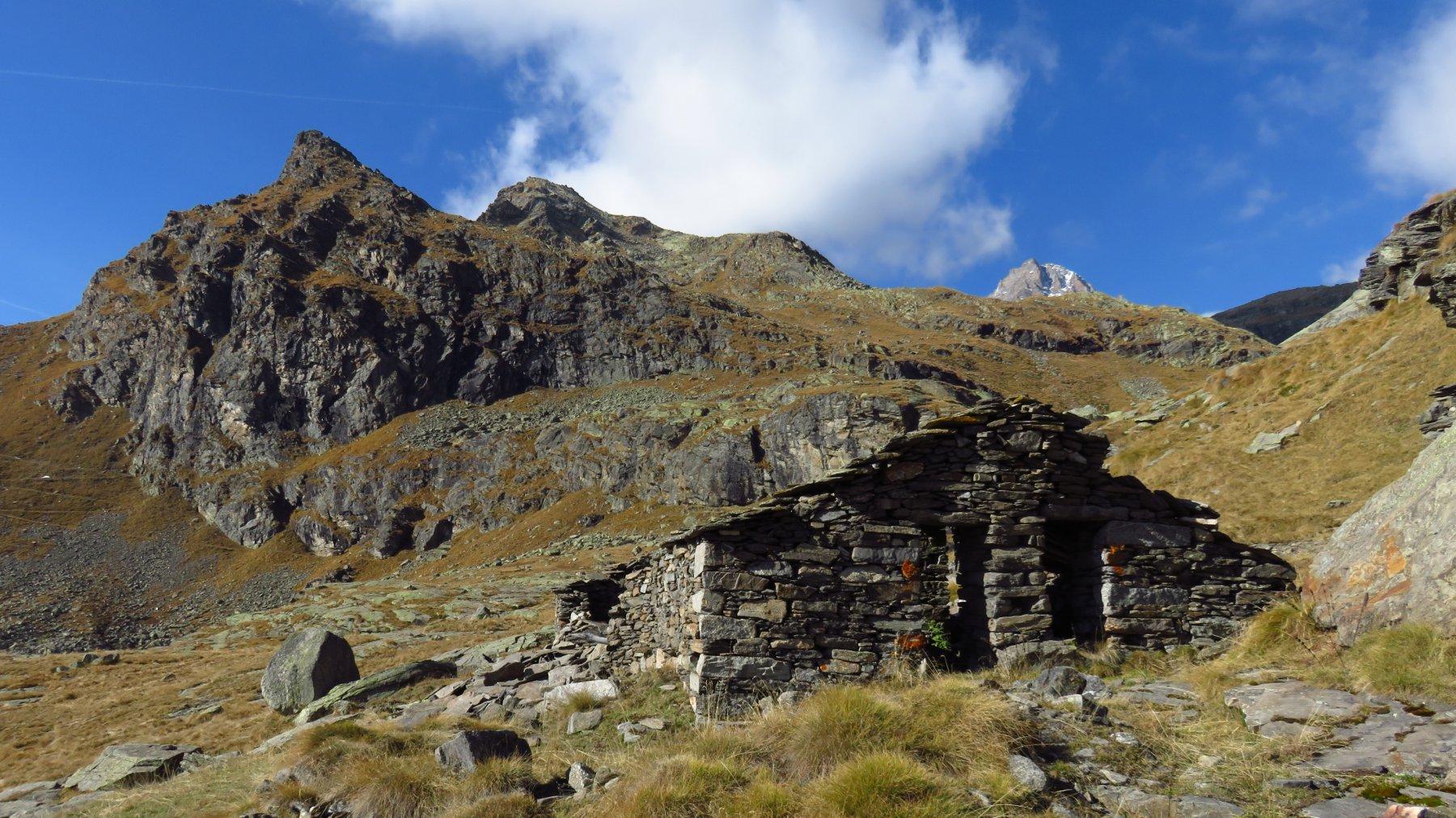 Punta di Ciamousseretto, vista dall'Alpe Pian Levà di quota 2151
