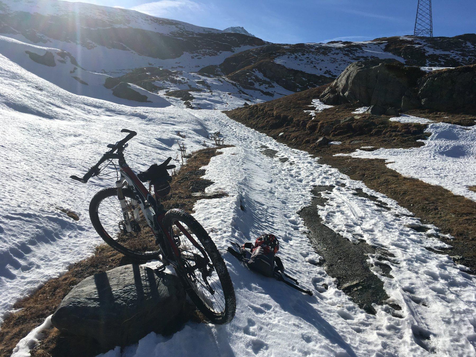 stop per neve sotto il lago