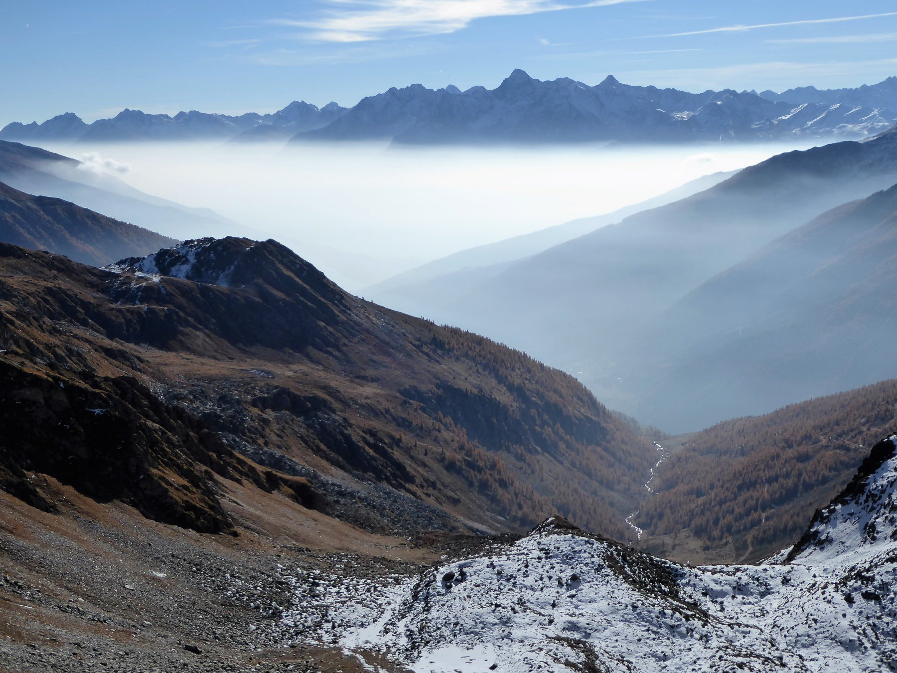 Dal colle est di Barasson uno sguardo verso valle