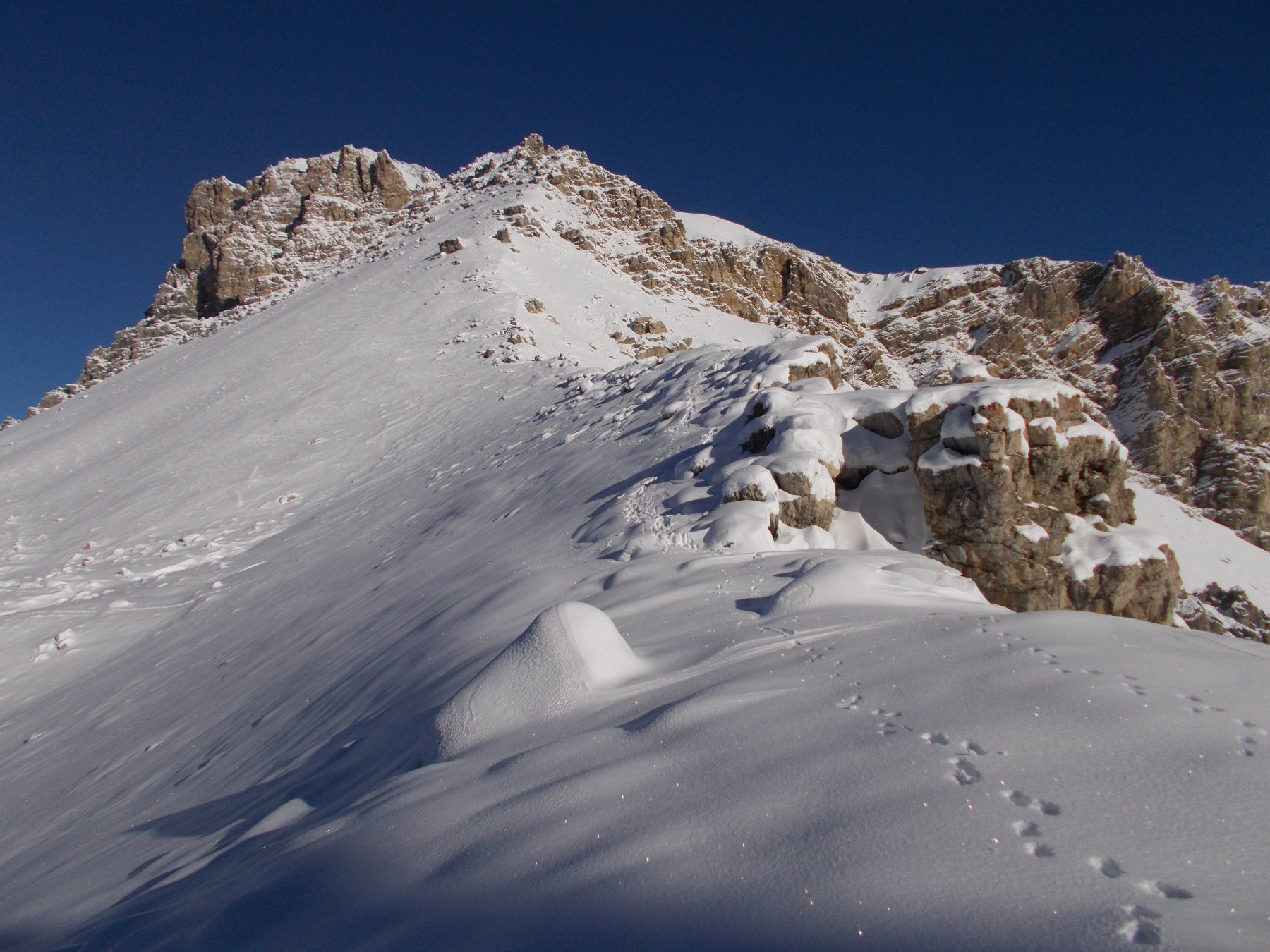 a nord dal passo..la Punta Clotesse..