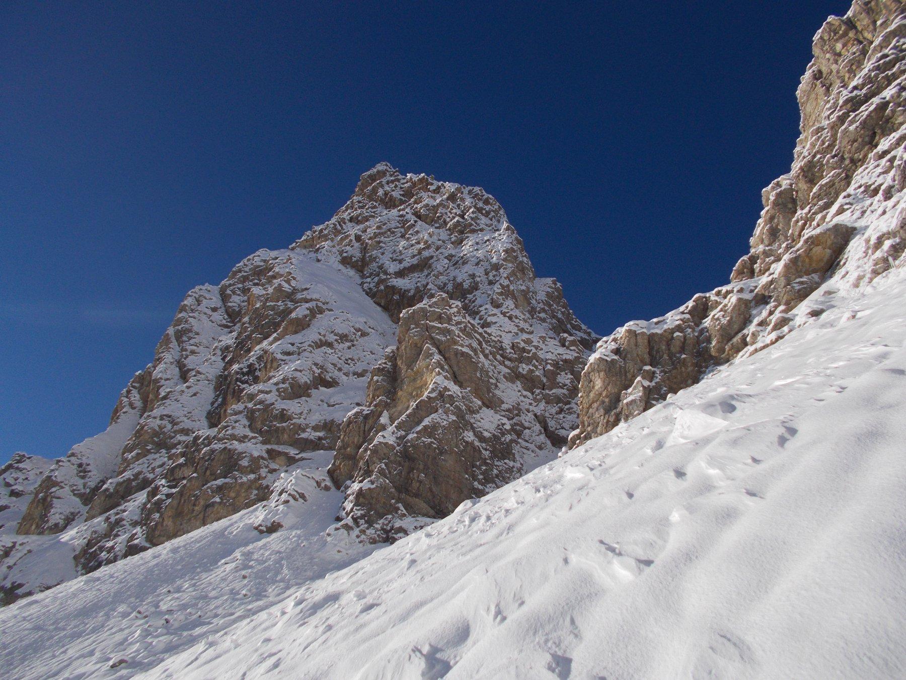 La Rocca del Lago..salendo al Passo di Desertes..