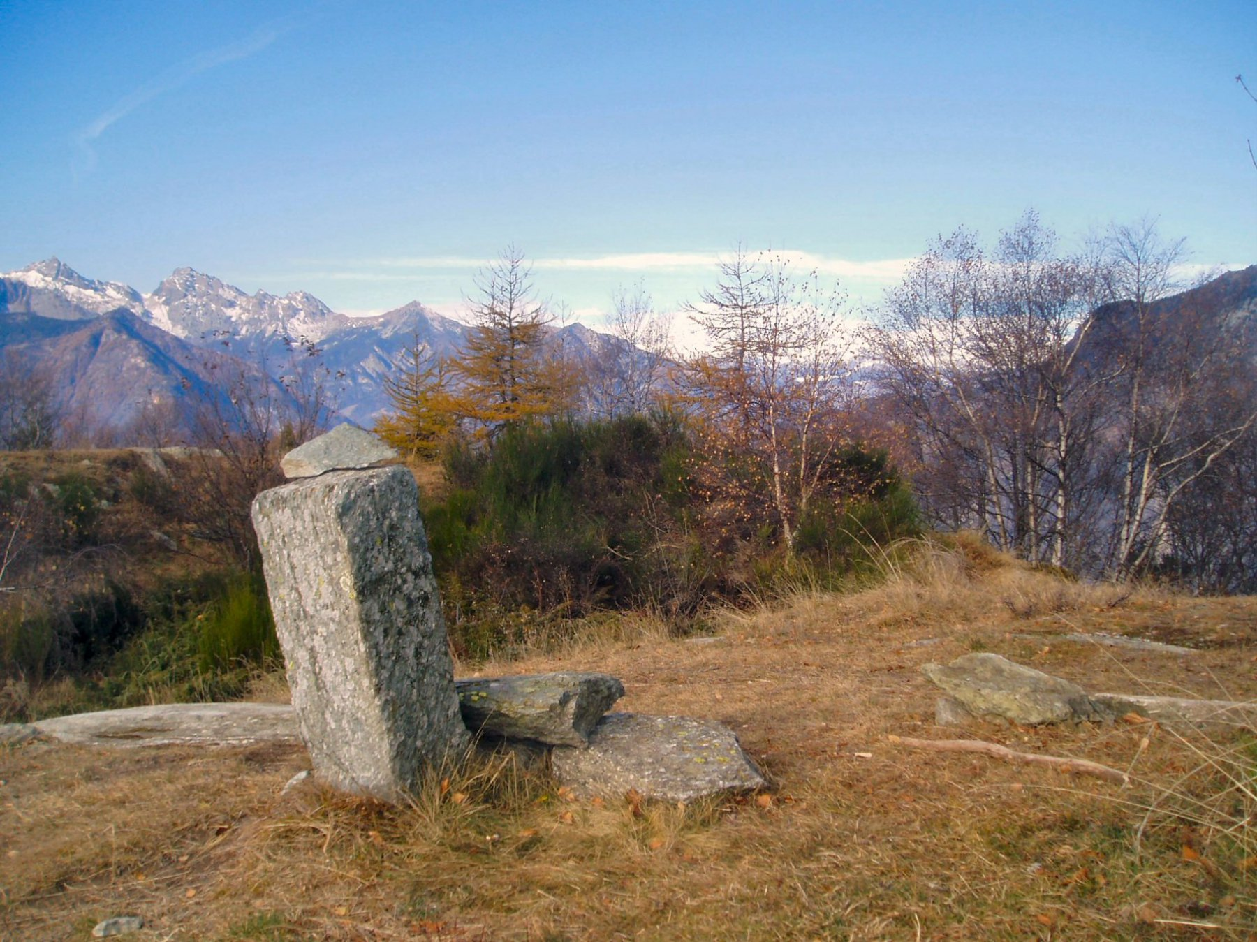 Dalla punta panoramica su M: Avic, Colle Varotta, M. Ruvi e Barbeston.