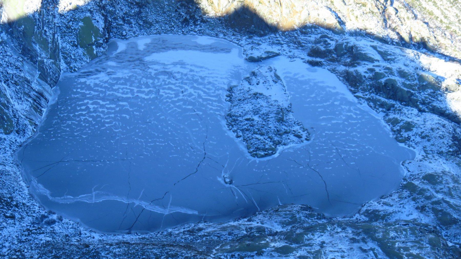 Dalla vetta, Lago Lasin gelato