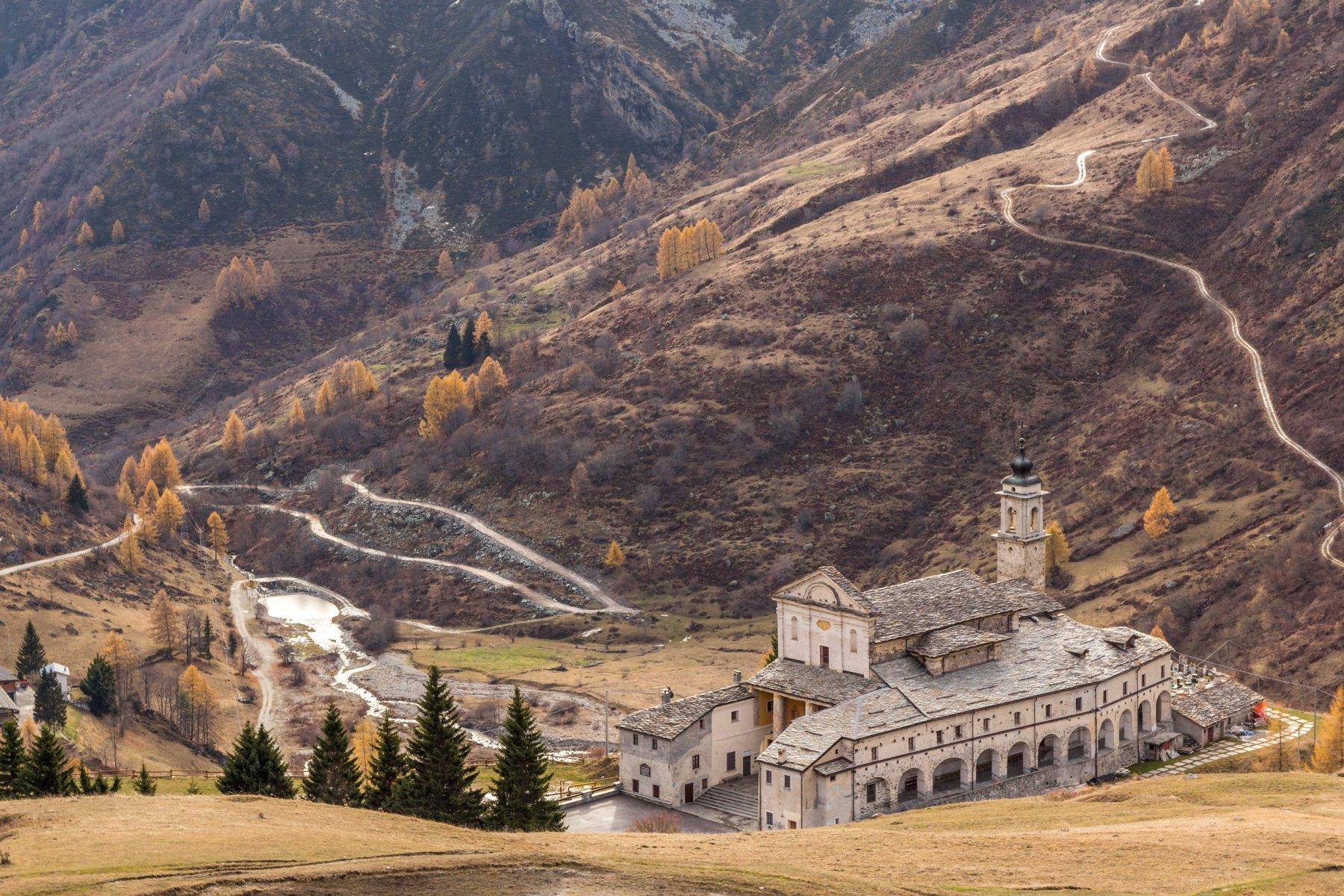 Tibert (Monte) dal Santuario di San Magno, anello per Colle Intersile e Monte Crosetta 2016-11-19