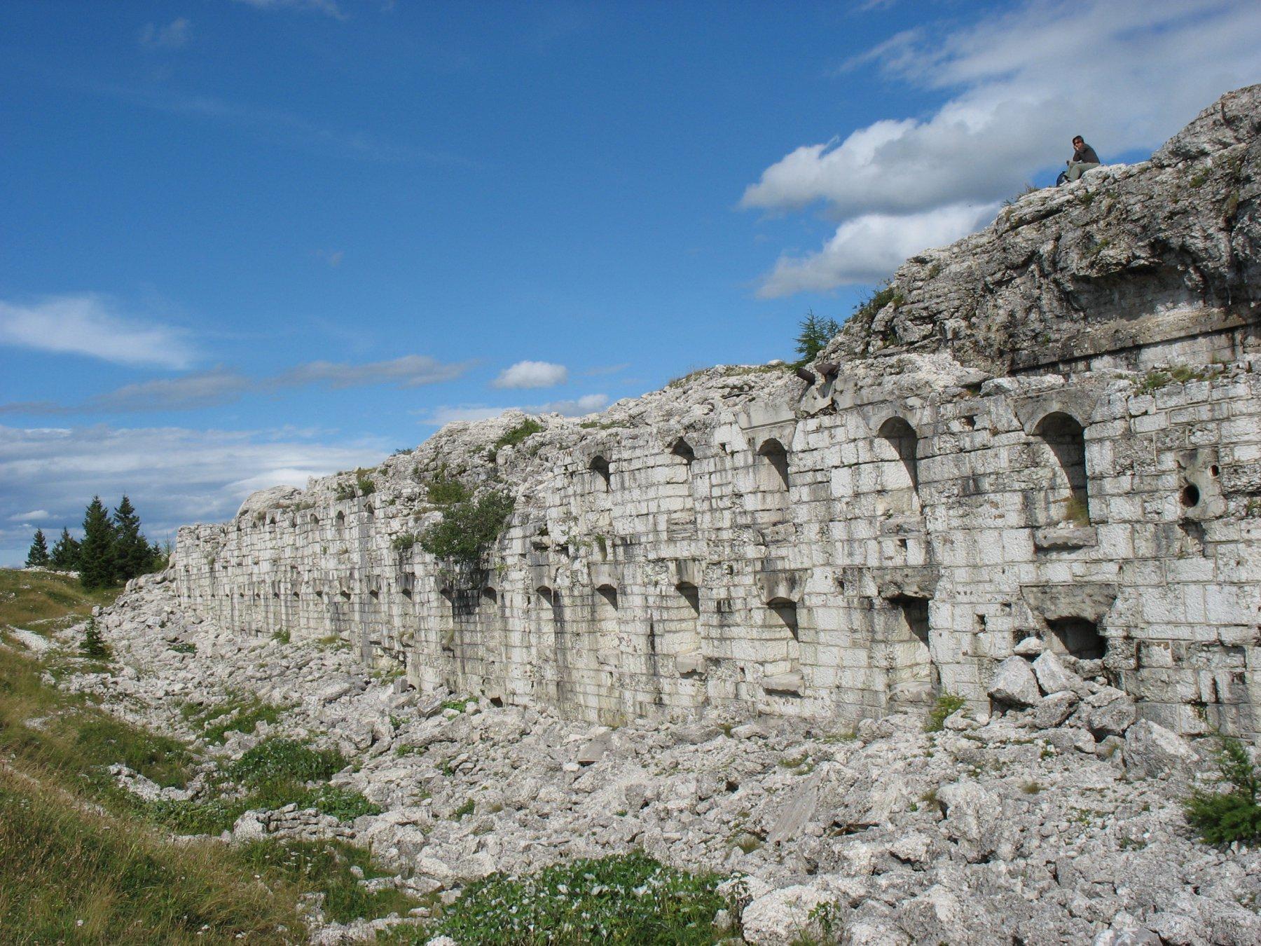 Forte Dosso delle Somme (1670 m)