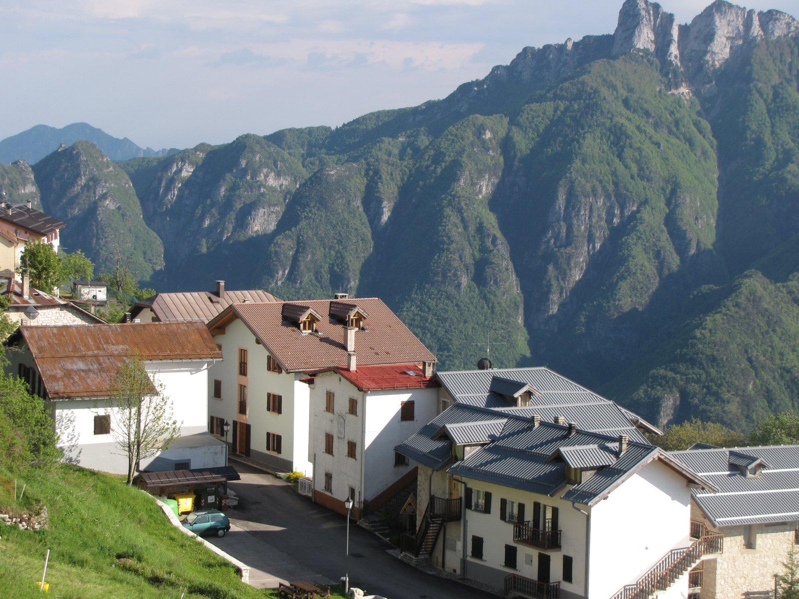 Da Luserna, veduta sulla Val d'Astico