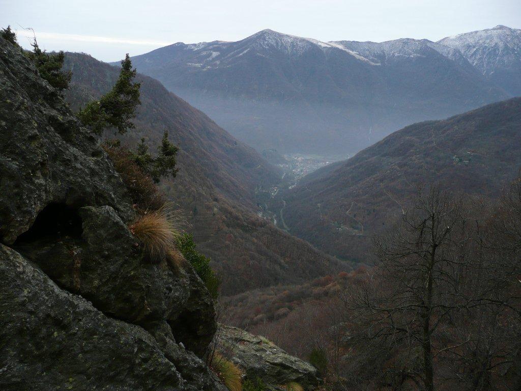 La valle con il Monte Soglio al centro