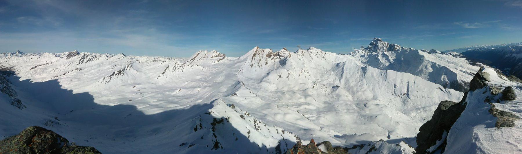 Panorama dalla punta verso la Francia
