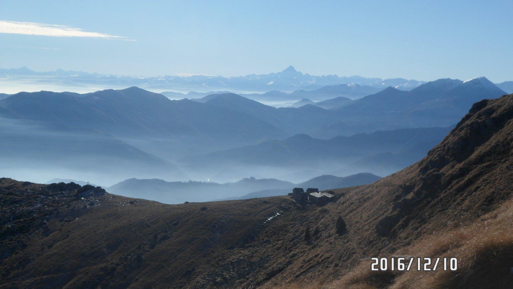 Il Monviso e l'alpe Pian Frigerole
