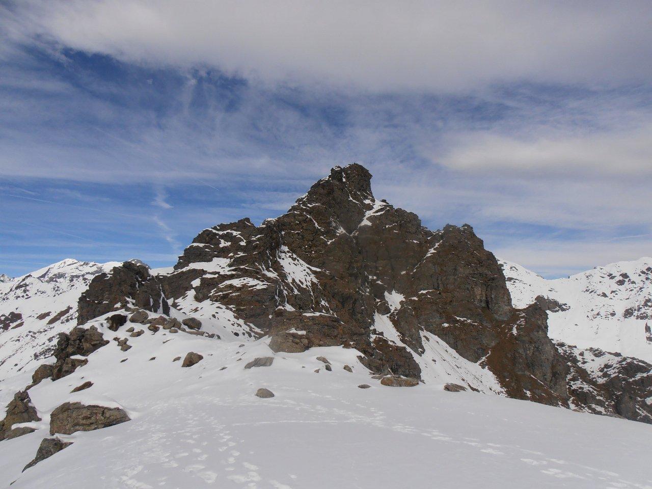 01- Rocca Patanua vista dalla spalla
