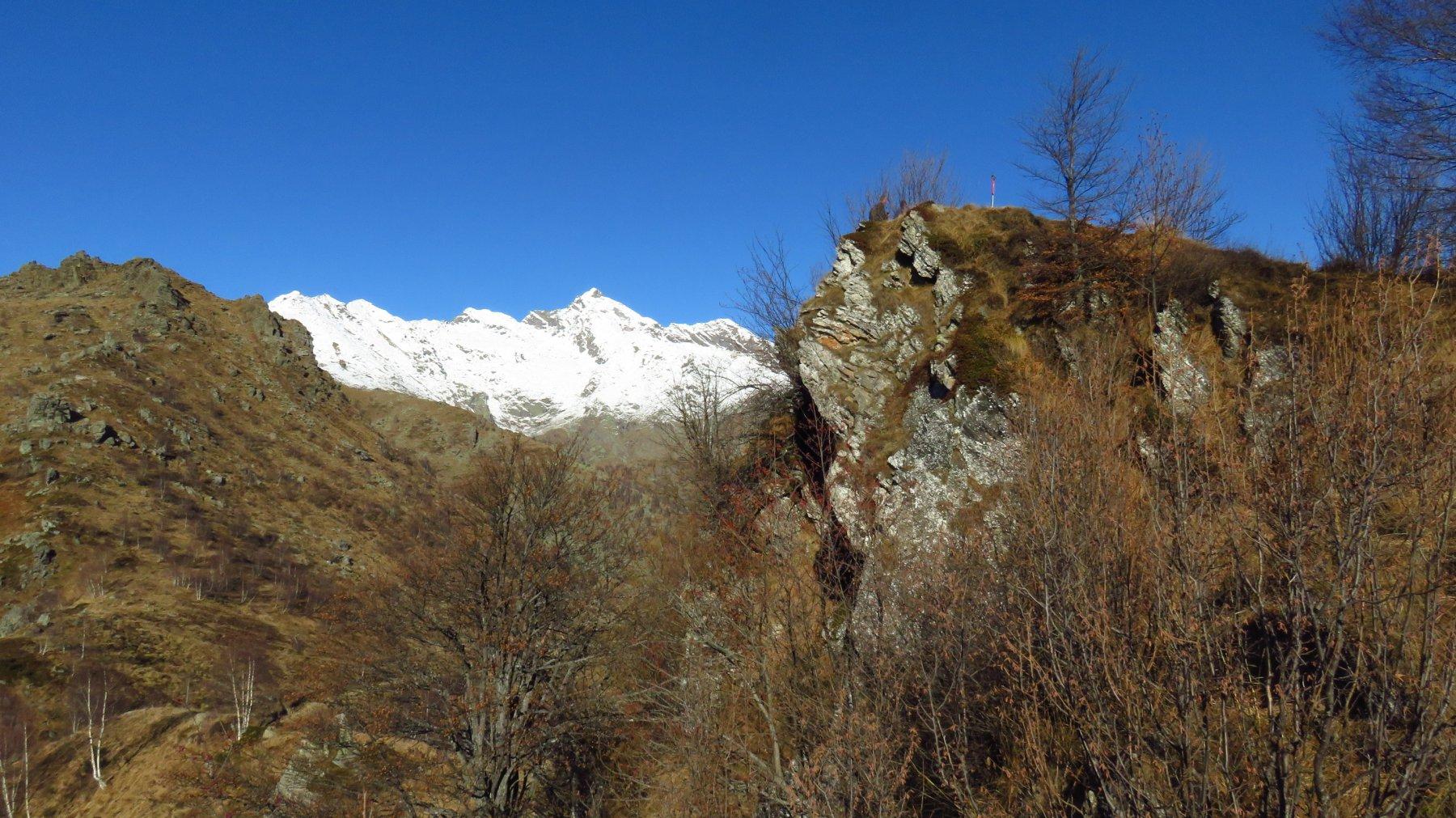 Da sinistra, Roc delle Teste, Monte Colombo e Punta dell'Alantur