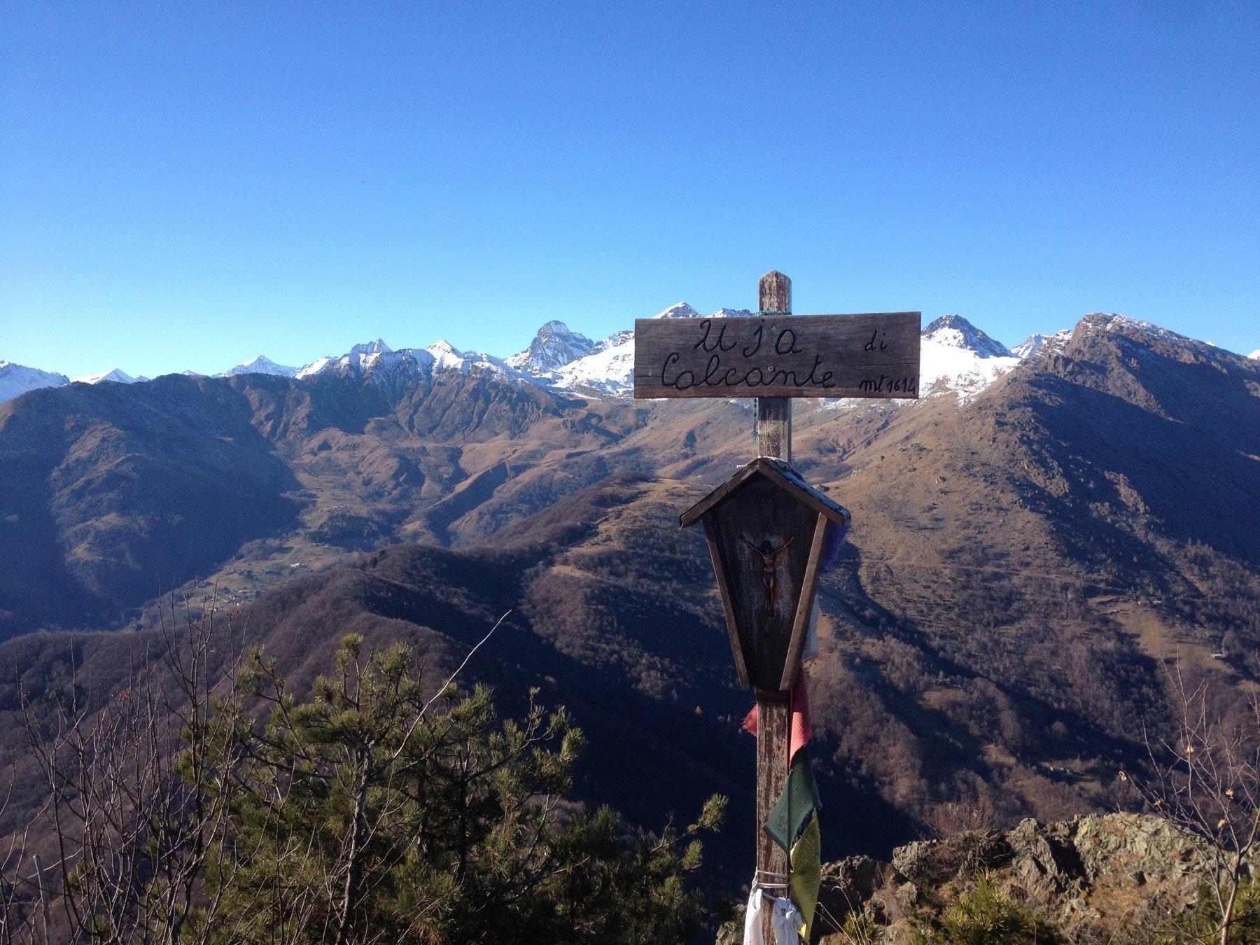 Dalla vetta verso la Torre di Ovarda e il Rocciamelone