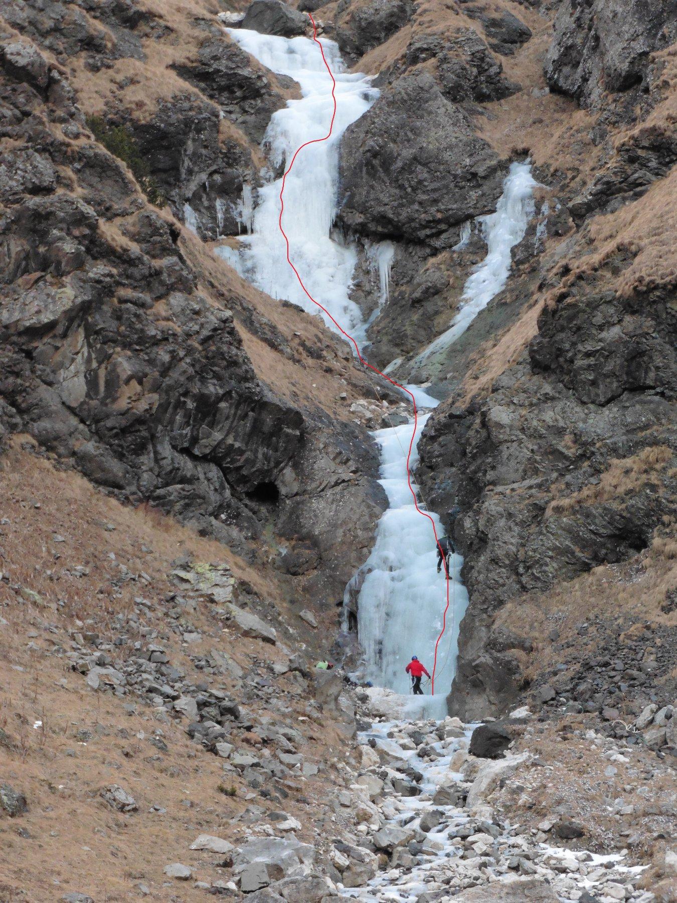 Ombretta (Valle) Marmolada (Cascata della) 2016-12-18