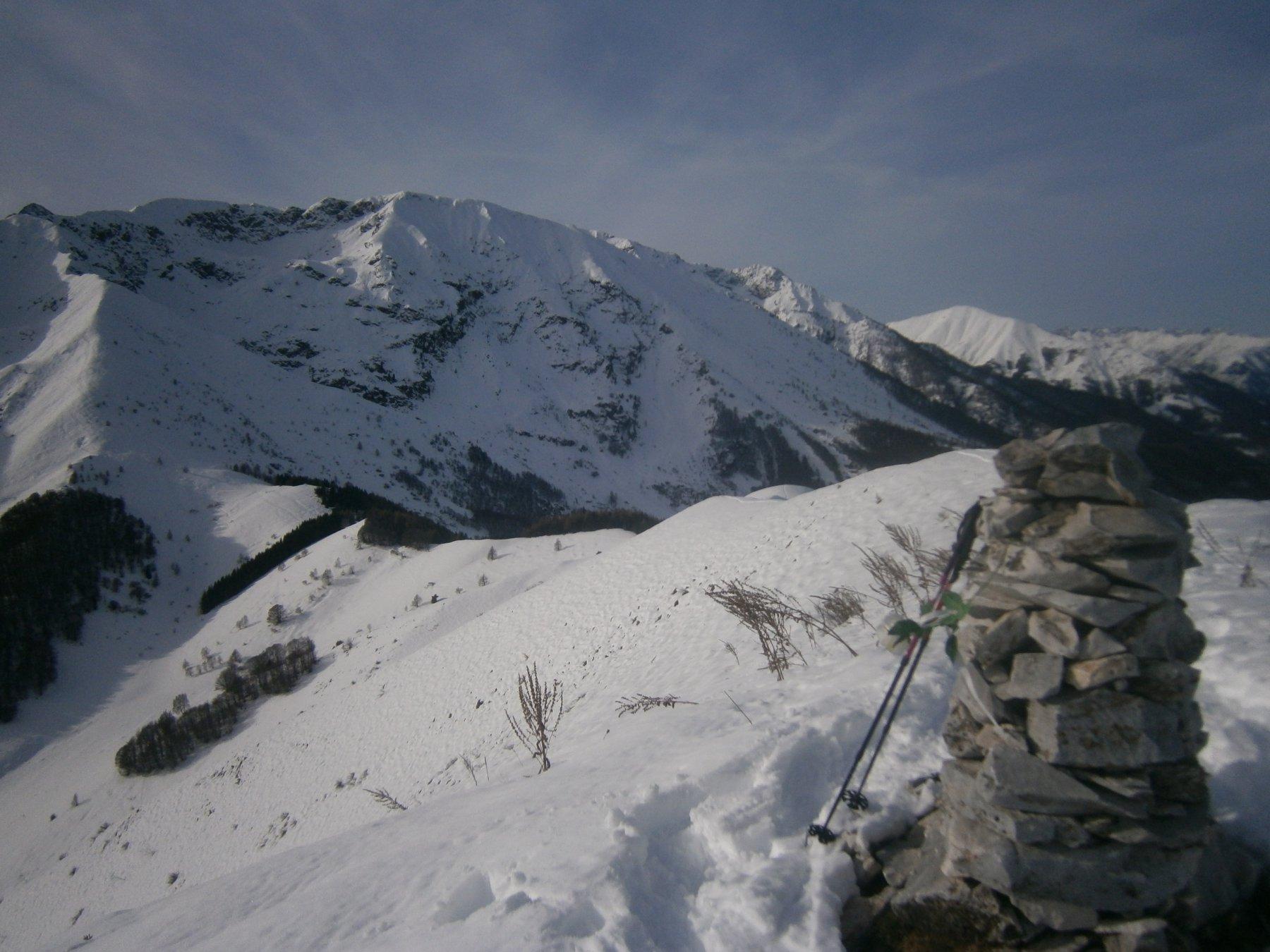 Colle dell'Arpione e m.Bourel dalla cima