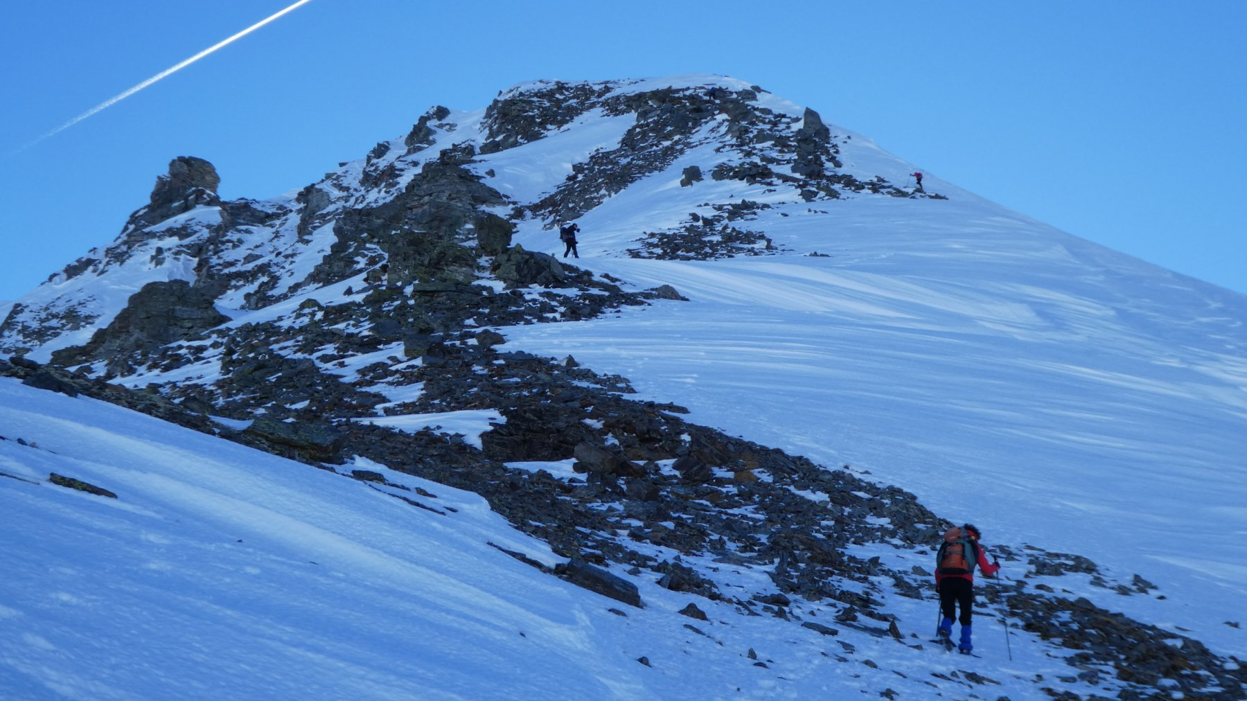 salendo lungo la cresta Nord del Sirwoltehorn...02