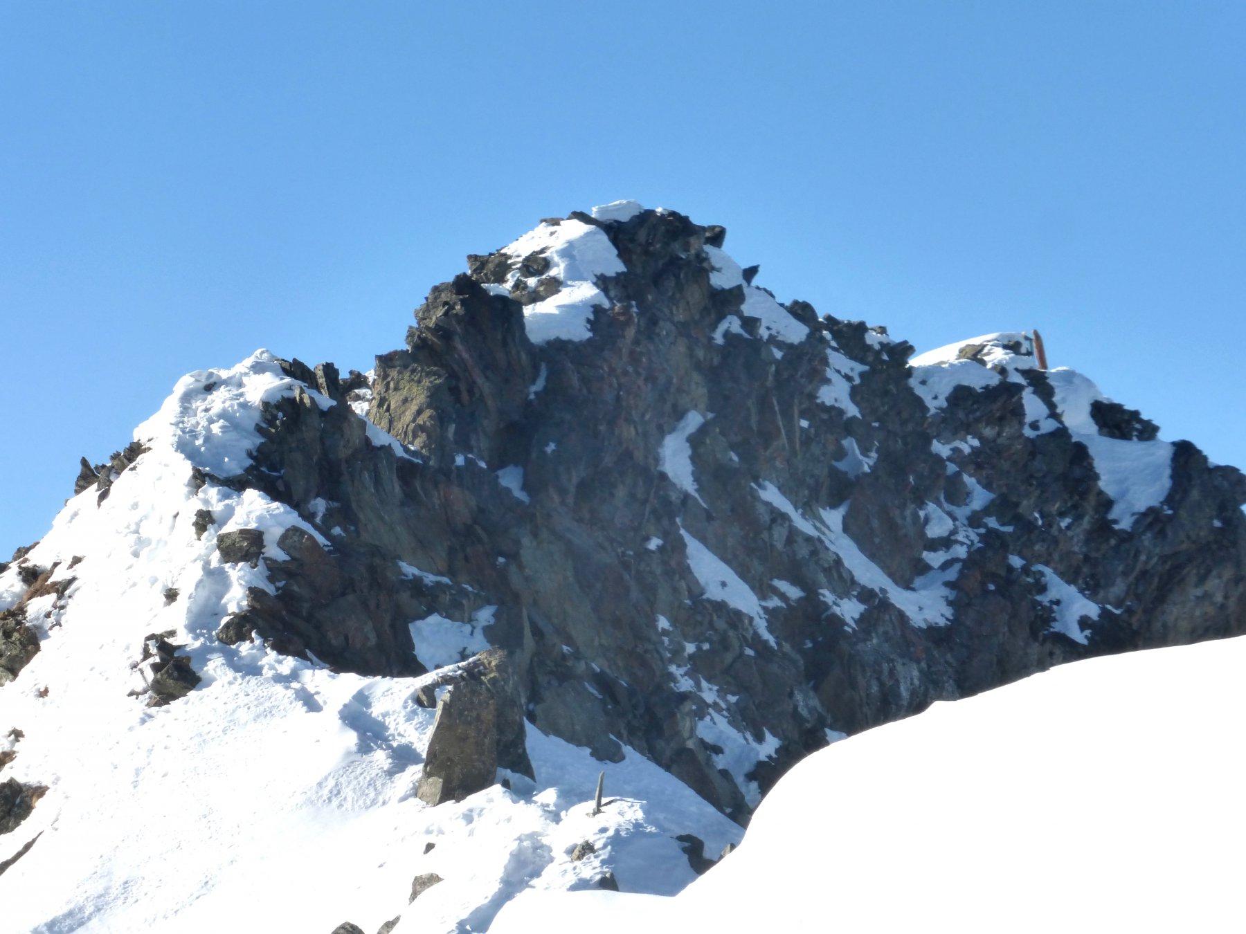 la cresta dal deposito sci