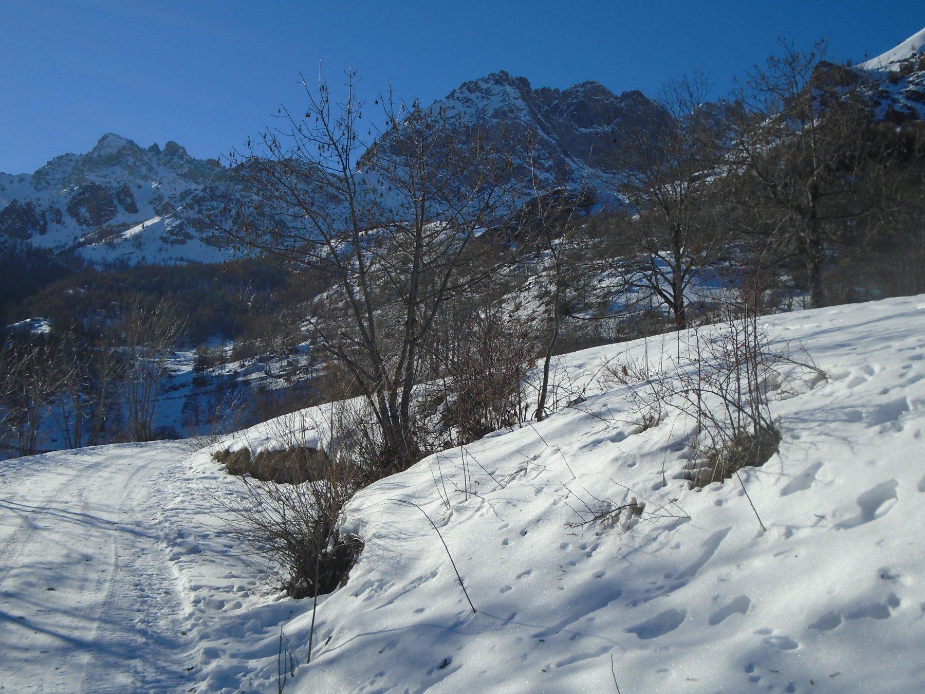 A valle di Viviere verso Pratorotondo e Chialvetta