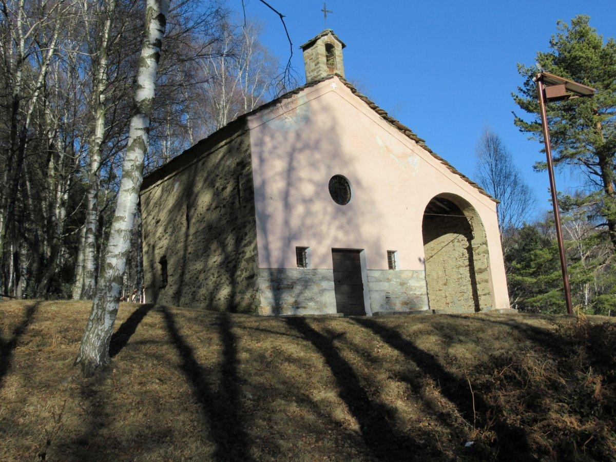 La chiesa di San Giacomo di Andrate