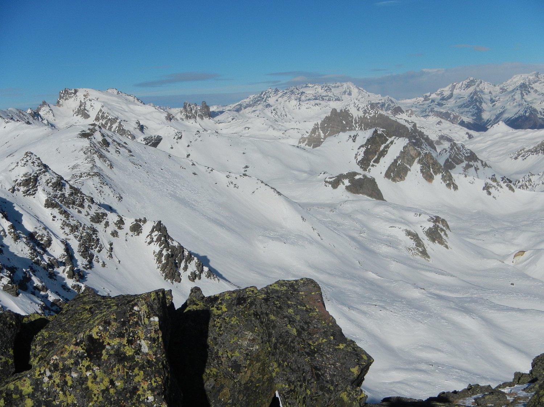 sulla sinistra il Monte Tabor