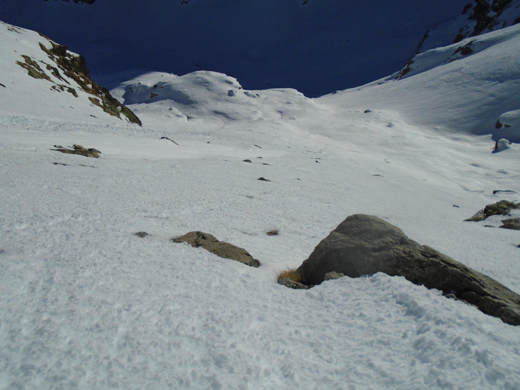 Neve ora abbastanza smollata e scivolosa