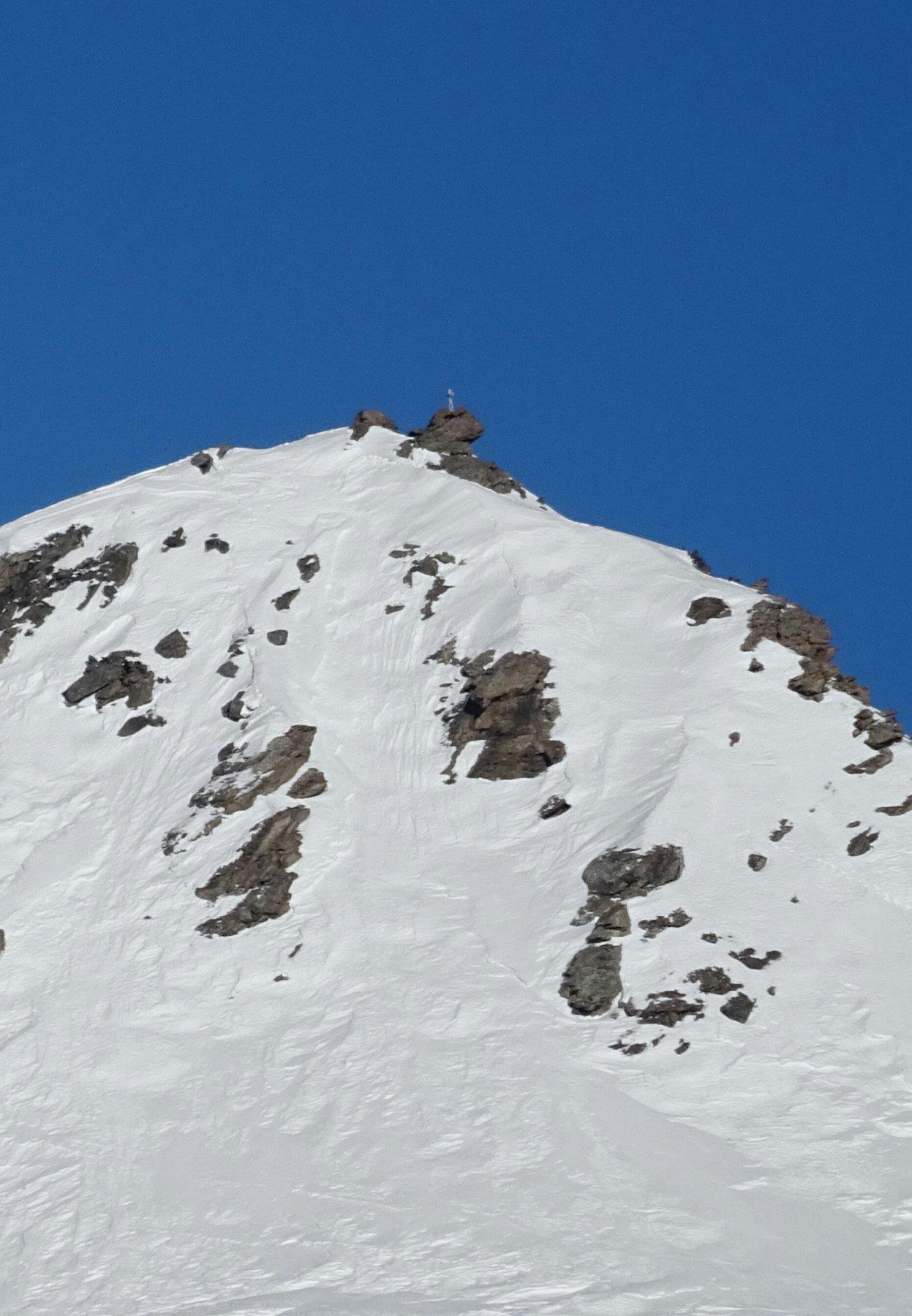 Placche da vento sotto la cima del Ghinivert