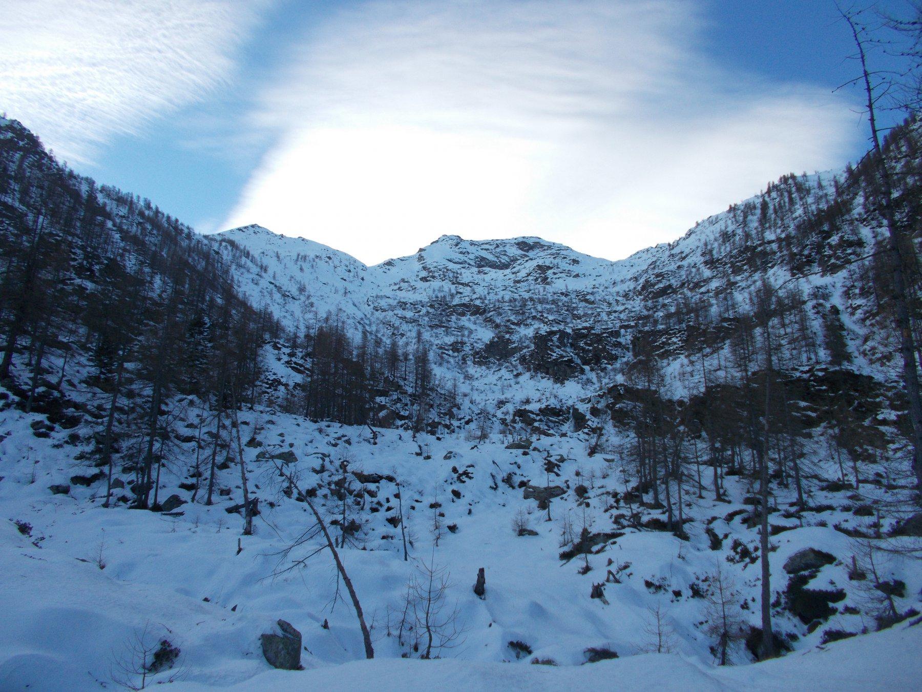 il selvaggio vallone di Liussa..da monte alpe Chiot la Sella..