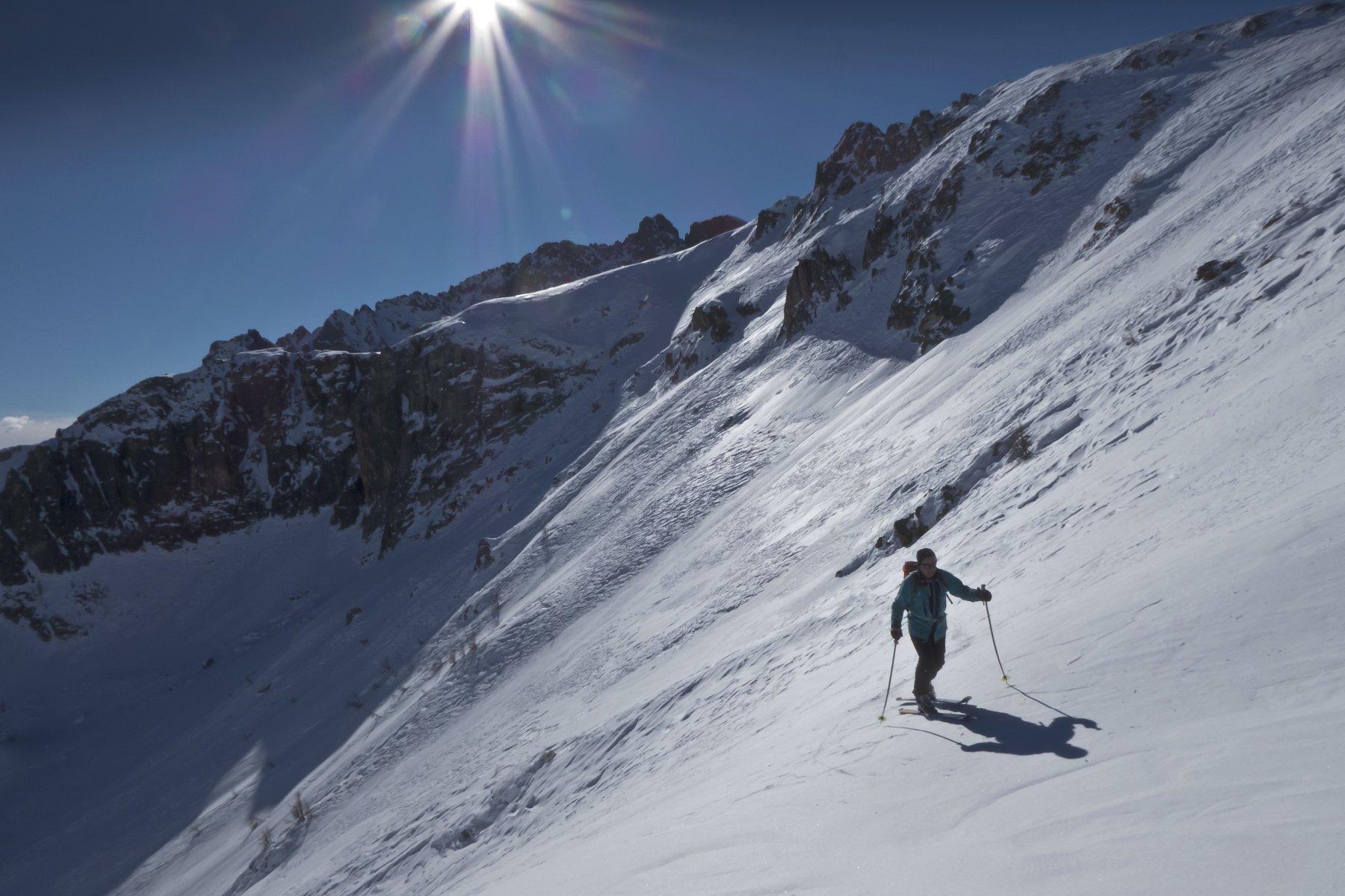 alto vallone di Inchiaus su neve marmorea