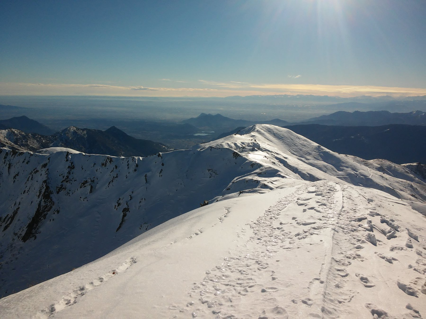 La cresta con vista verso la valle di Susa (giornata limpidissima),