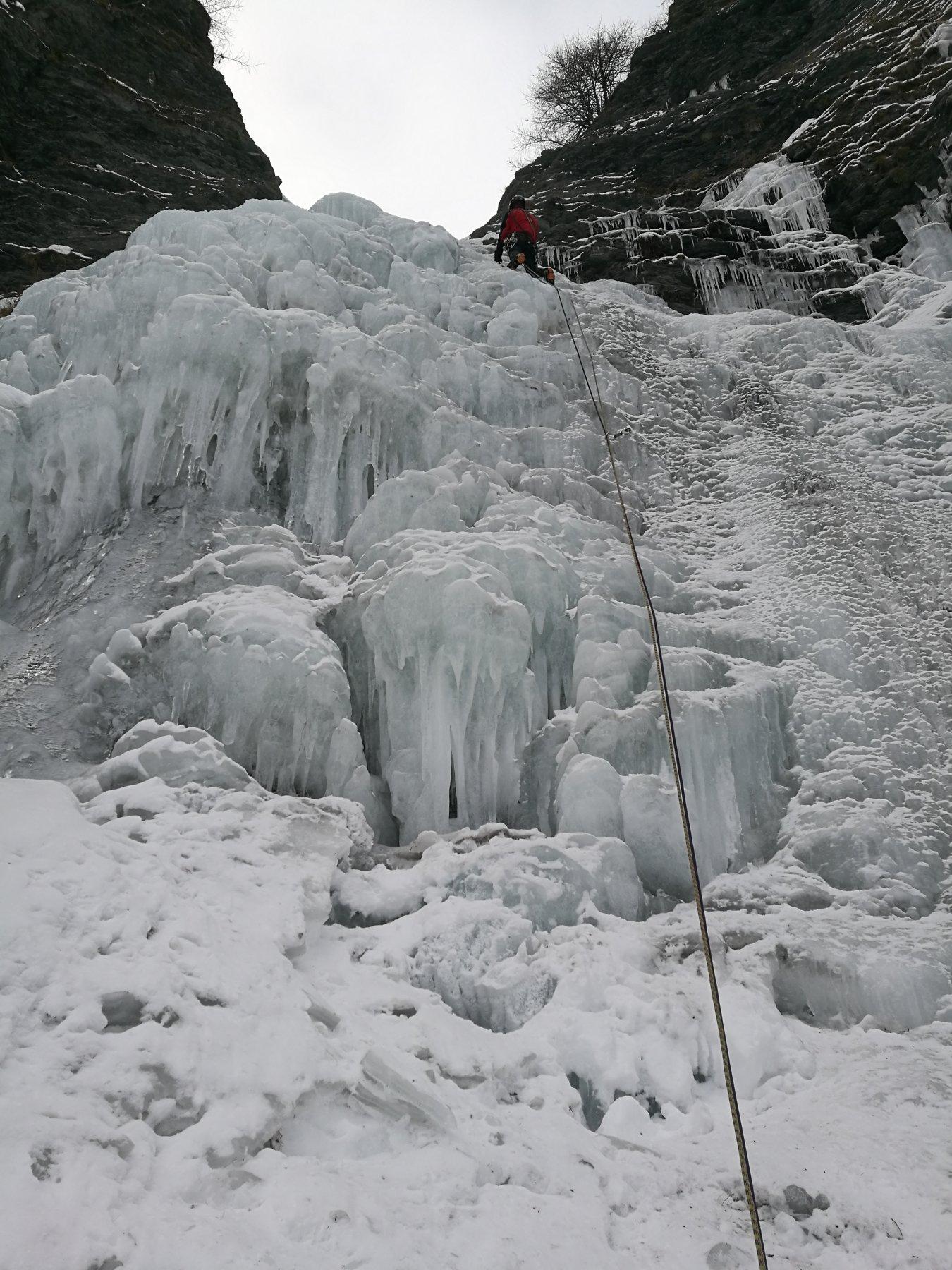 La cascata di accesso al Martinet