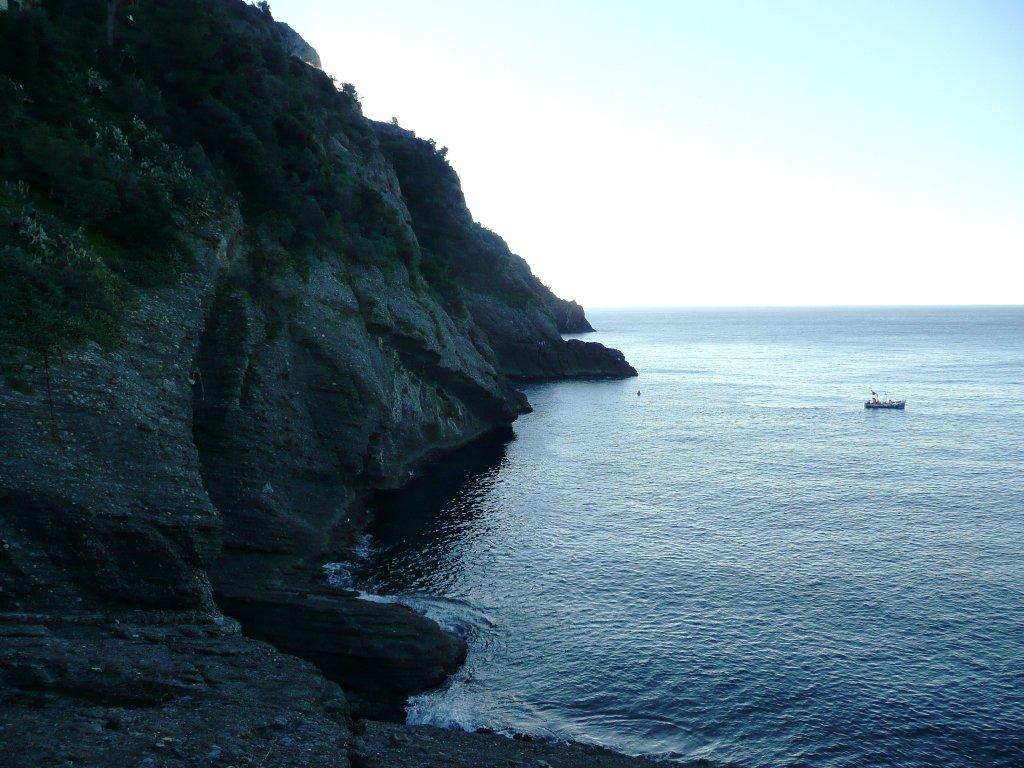 Da Punta Chiappa verso Est