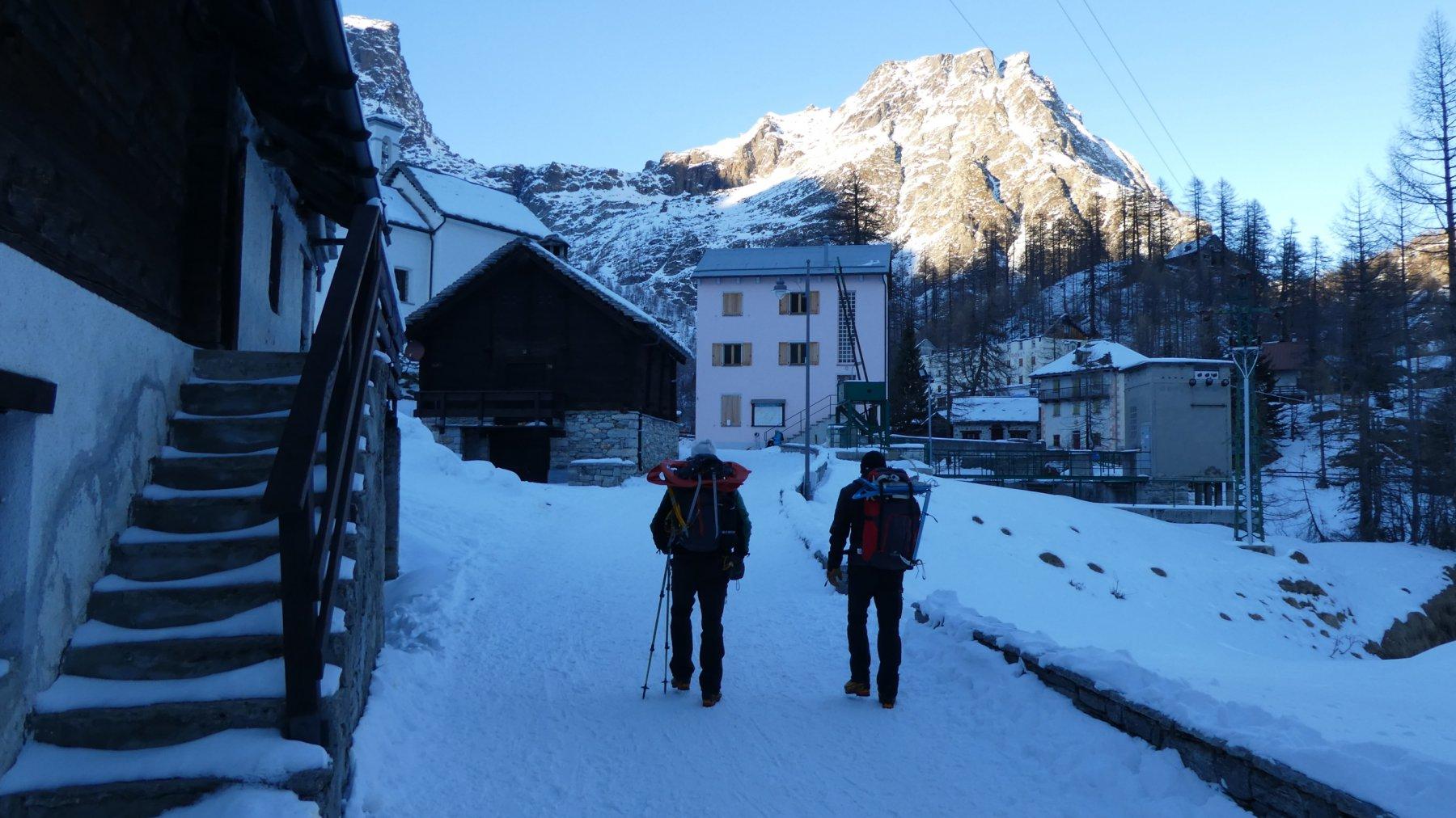 arrivando alla Frazione Piedimonte dell'Alpe Devero