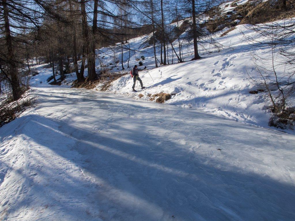 Tratto di strada ghiacciata...